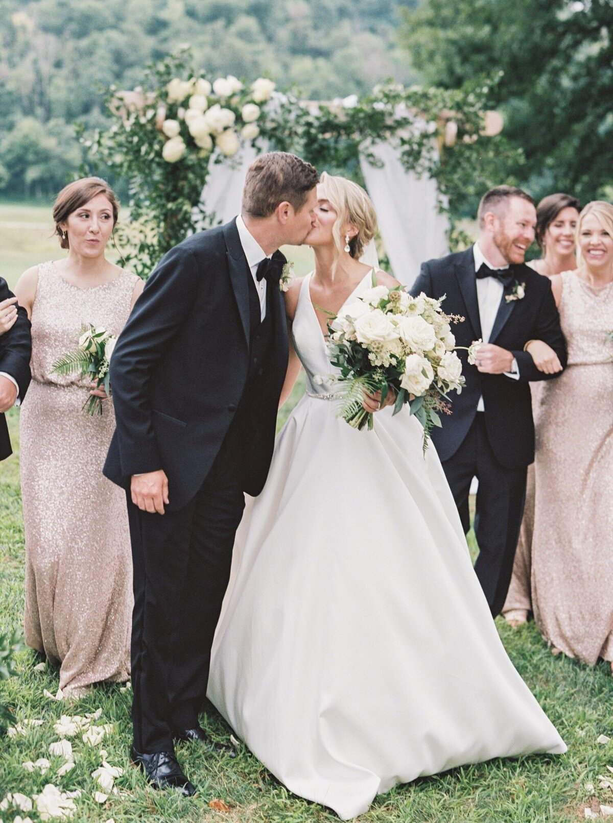 Pete-Dye-golf-Club-West-Virginia-Wedding-Photographer-Natalie-Jayne-Photography1