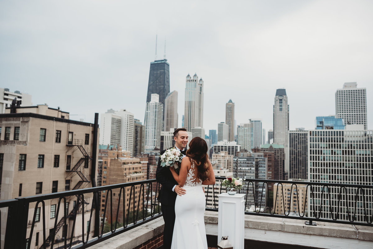 The-ambassador-hotel-wedding-chicago-sky-line-chicago-wedding-photographer-girl-with-the-tattoos-wedding-photographer