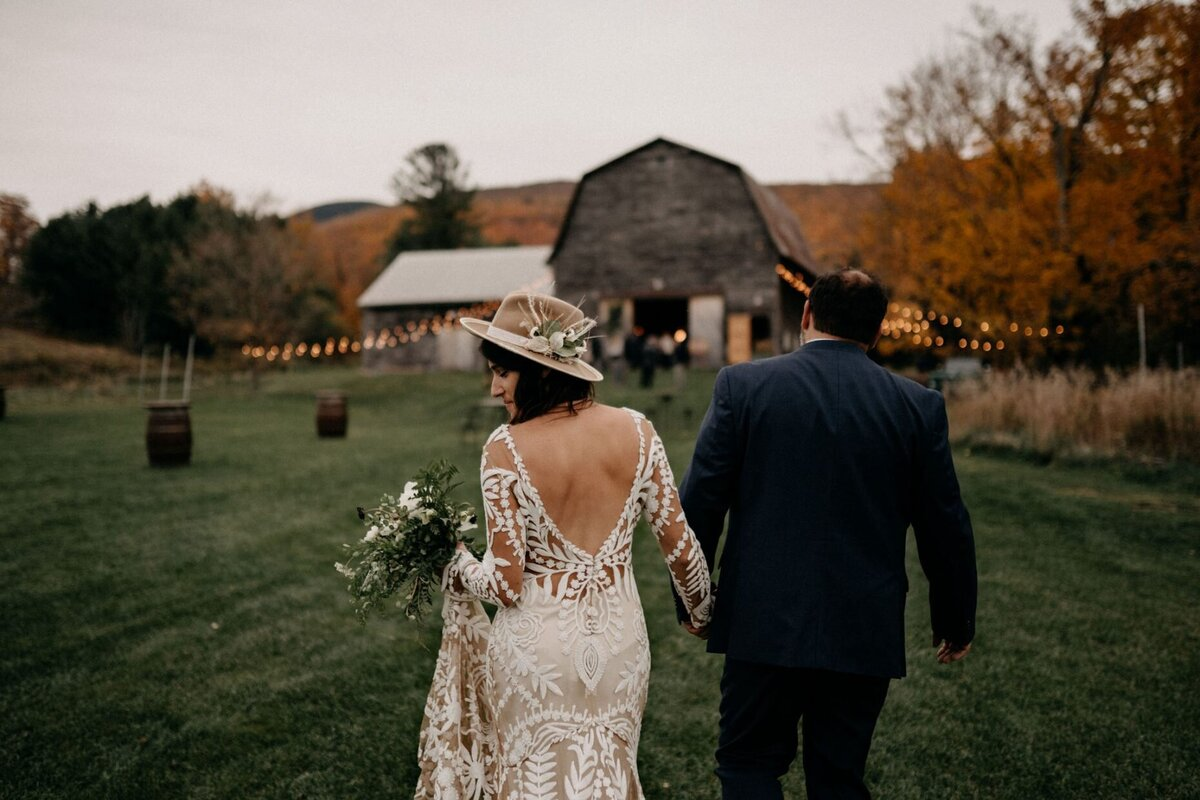 Fall Wedding at Hayfield Catskills Hayfield Catskills Wedding Barn Wedding Catskills Wedding Planner Canvas Weddings