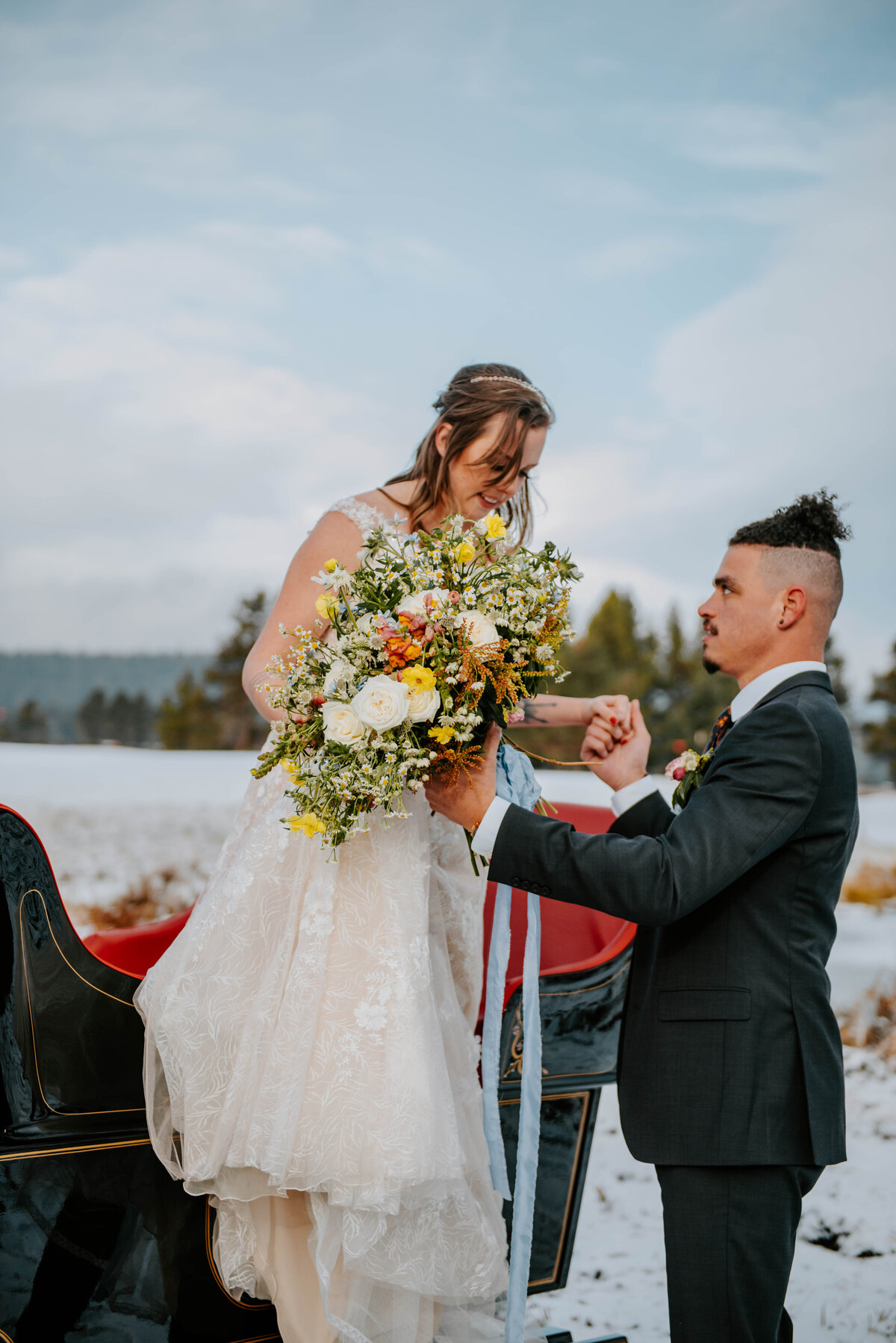 sunriver-resort-oregon-wedding-venue-christmas-elopement-photographer-destination-1921
