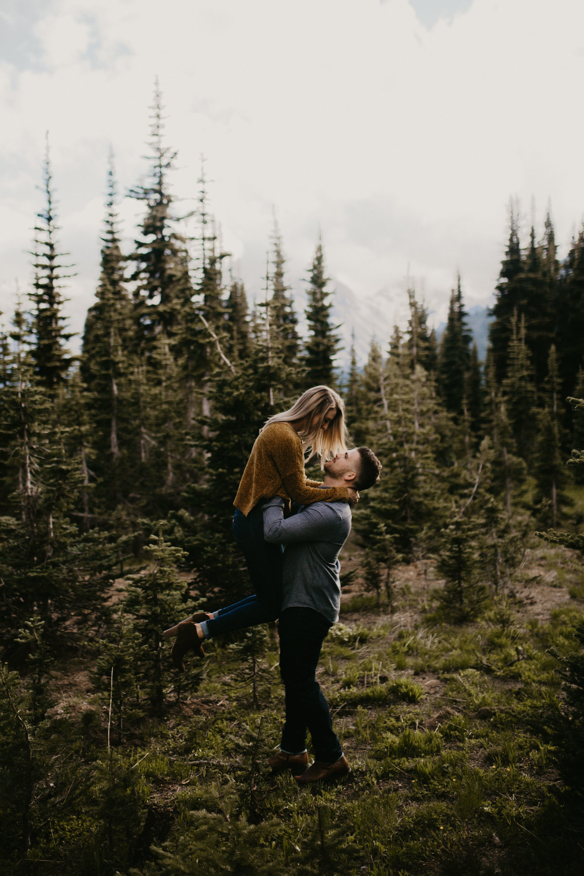 Marnie_Cornell_Photography_Engagement_Mount_Rainier_RK-107