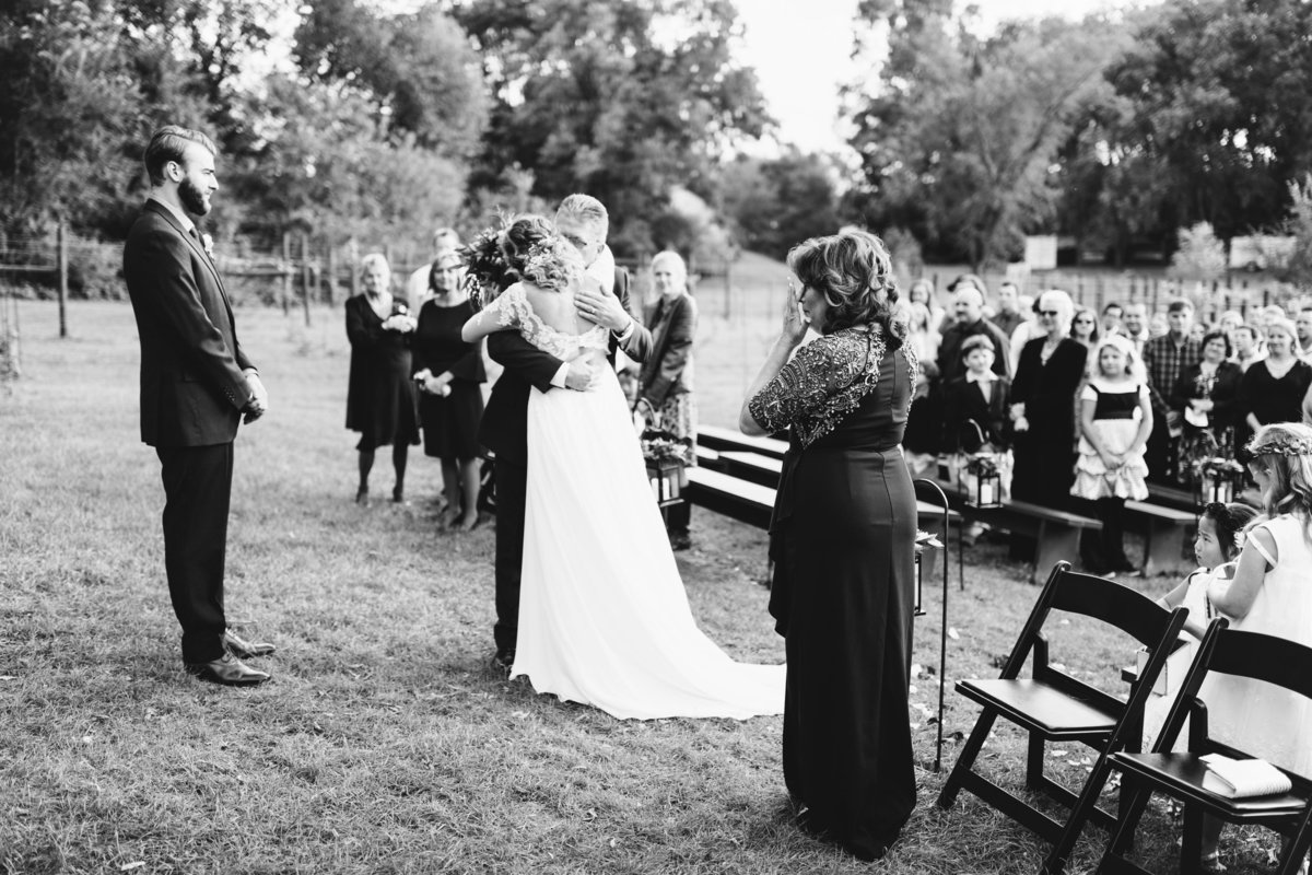 Hope-Glen-Farm-Cottage-Grove-Minnesota-September-Fall-Wedding-41