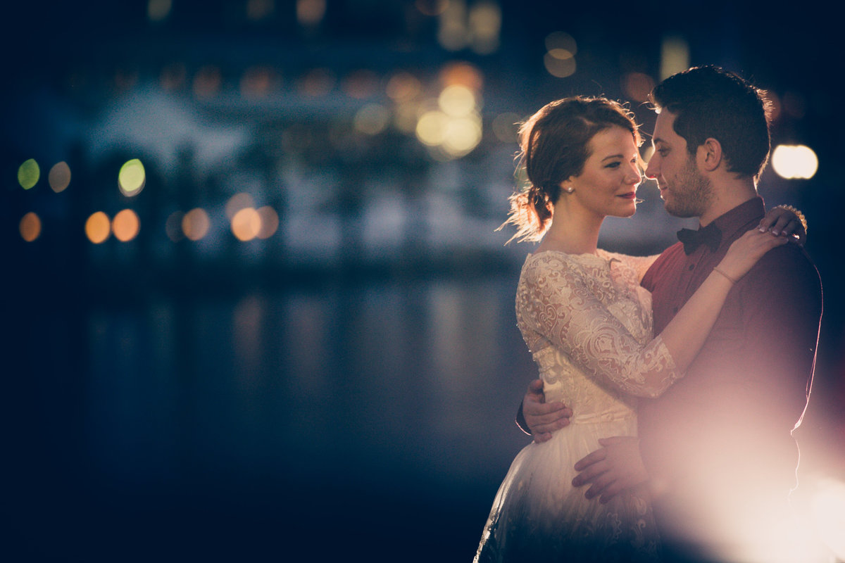 baltimore-inner-harbor-engagement-picture-wedding