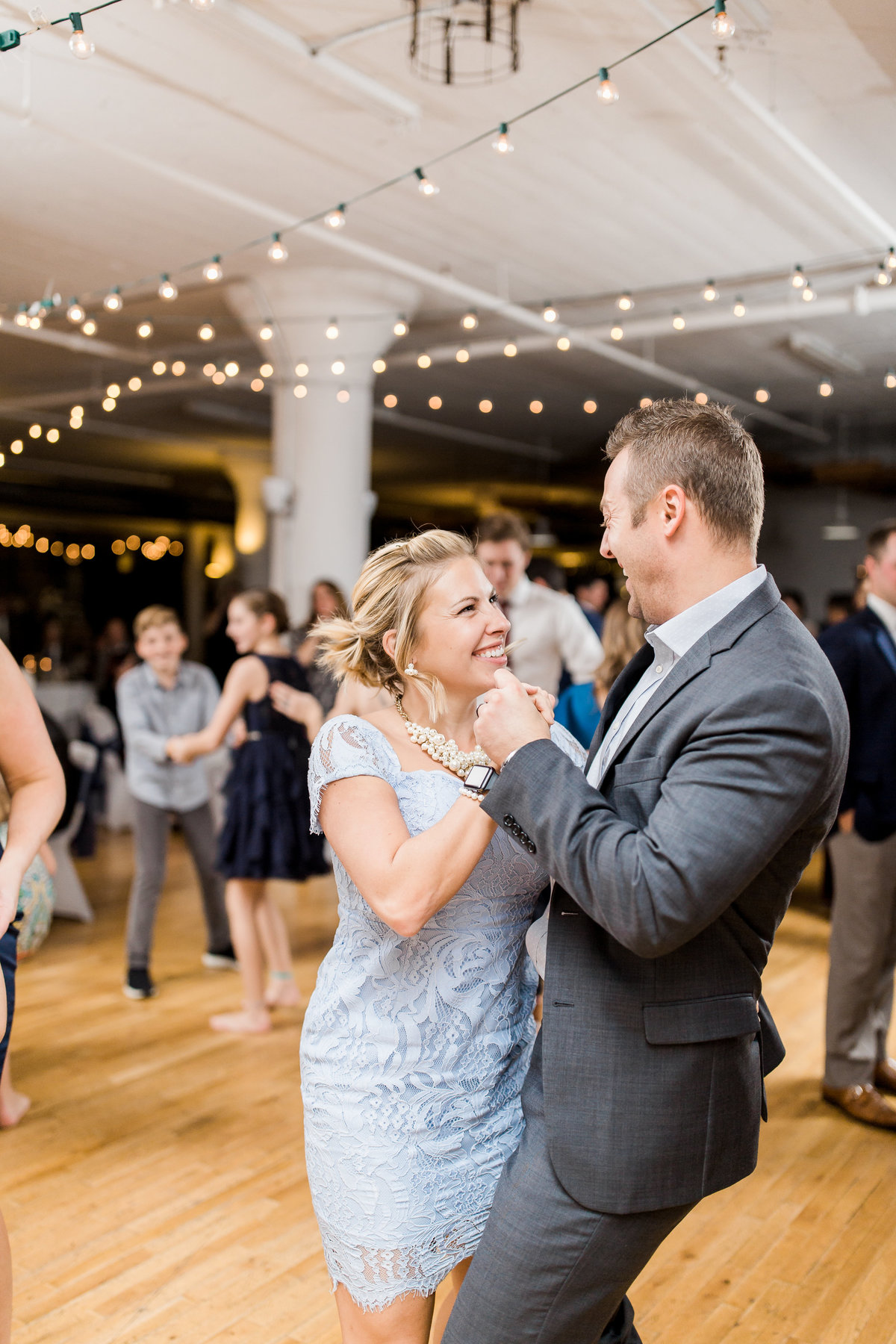ToryClint_Reception_LauraRowePhotoDesign(181)