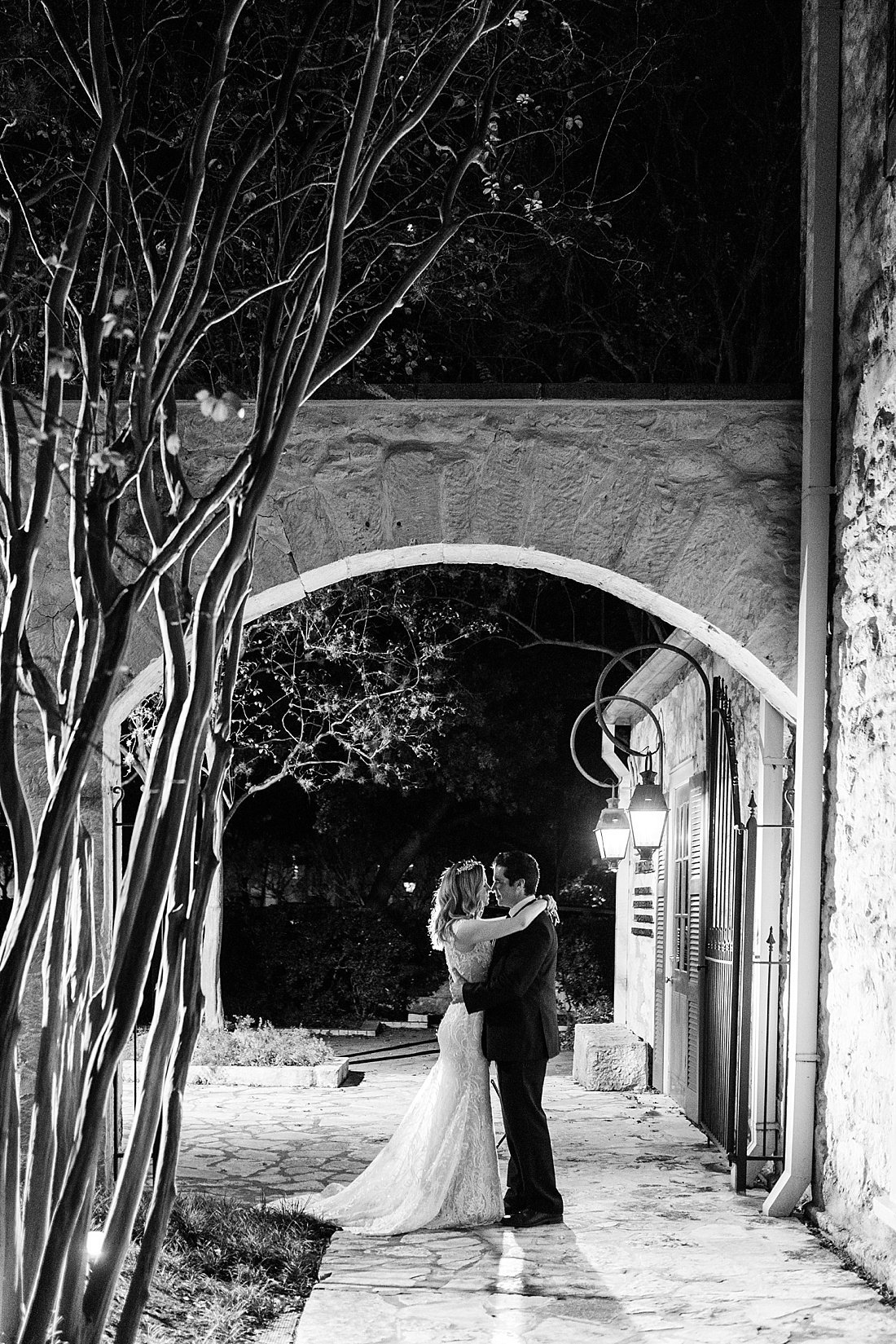 southwest school of art wedding photos in san antonio texas_0085