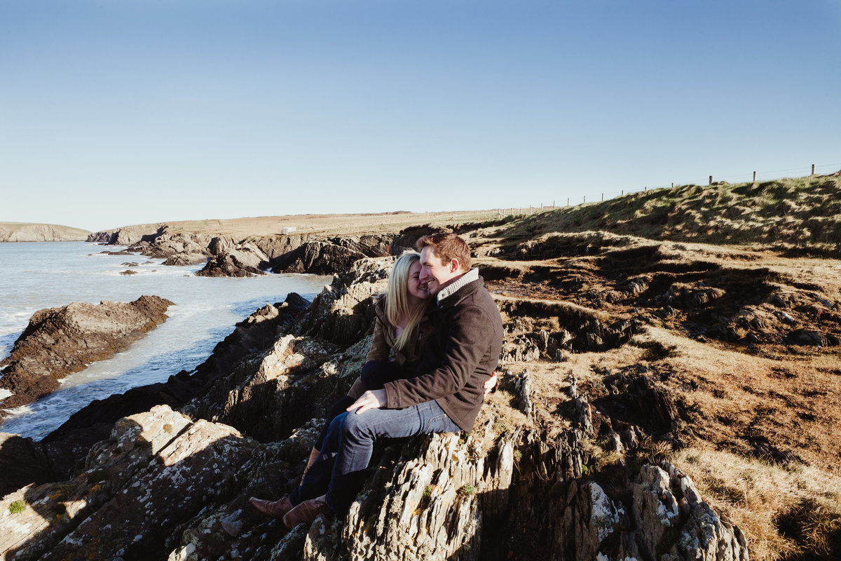 rock at the beach engagement pre wedding photos at poppit sands in pembrokeshire