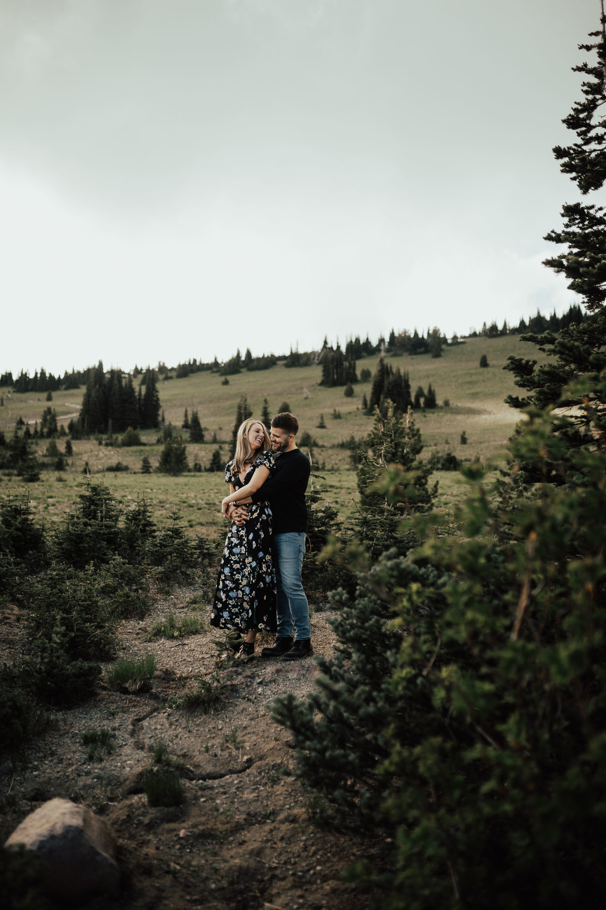 Marnie_Cornell_Photography_Engagement_Mount_Rainier_RK-43