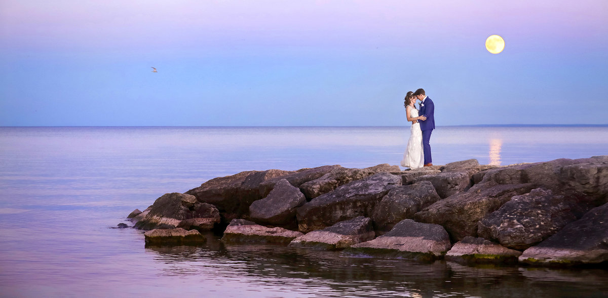 Burlington-Wedding-Photographers-Spencers-at-the-Waterfront-VP-Studios-_Moonlight_Sonata-2018