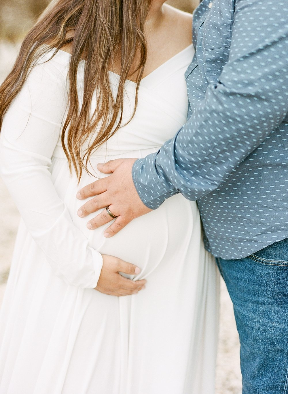 almond orchard maternity session | Danielle Bacon Photography | www.daniellebaconphotography.com |_2508