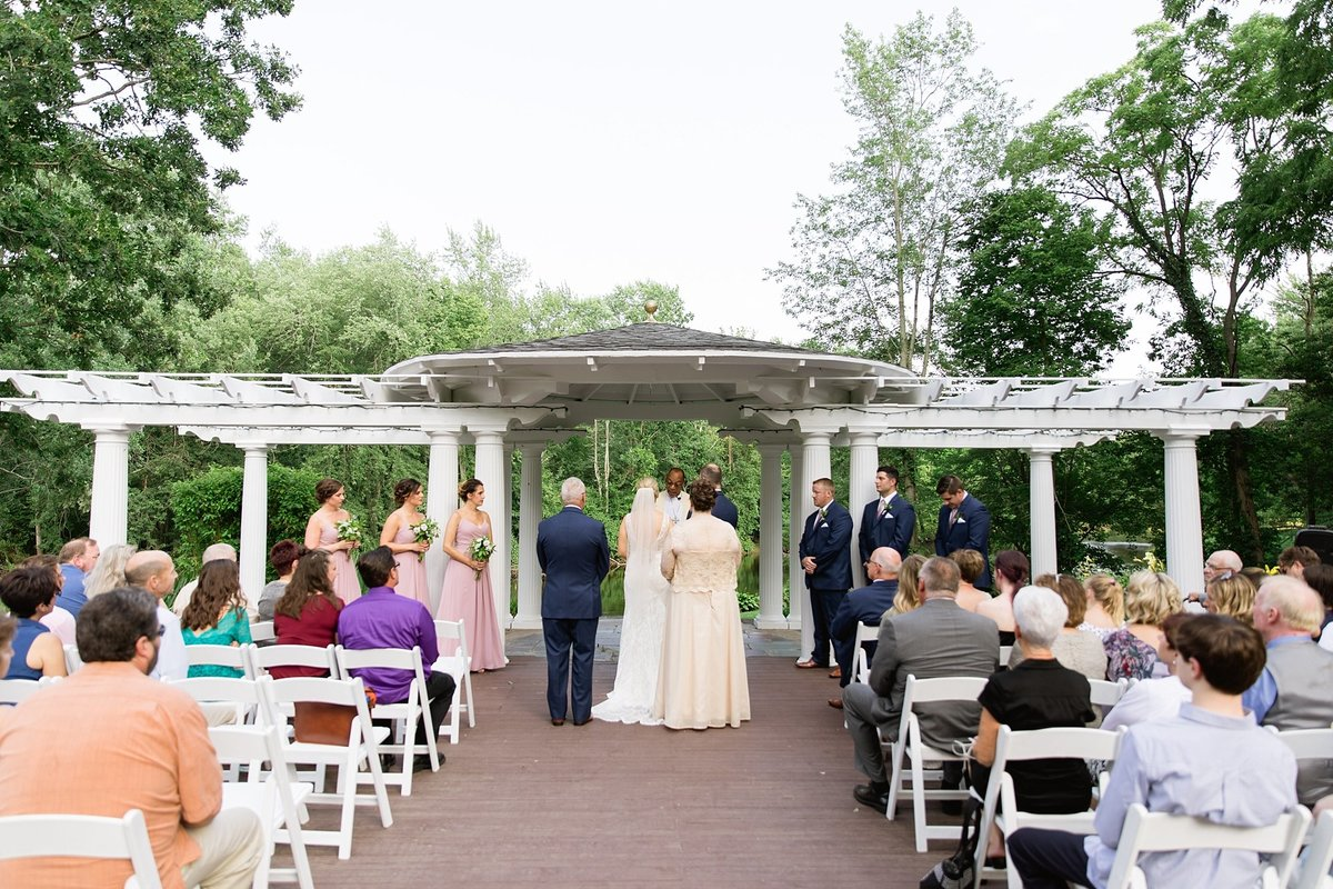 Julie-Barry-English-Inn-Summer-Garden-Wedding-Michigan-Breanne-Rochelle-Photography57