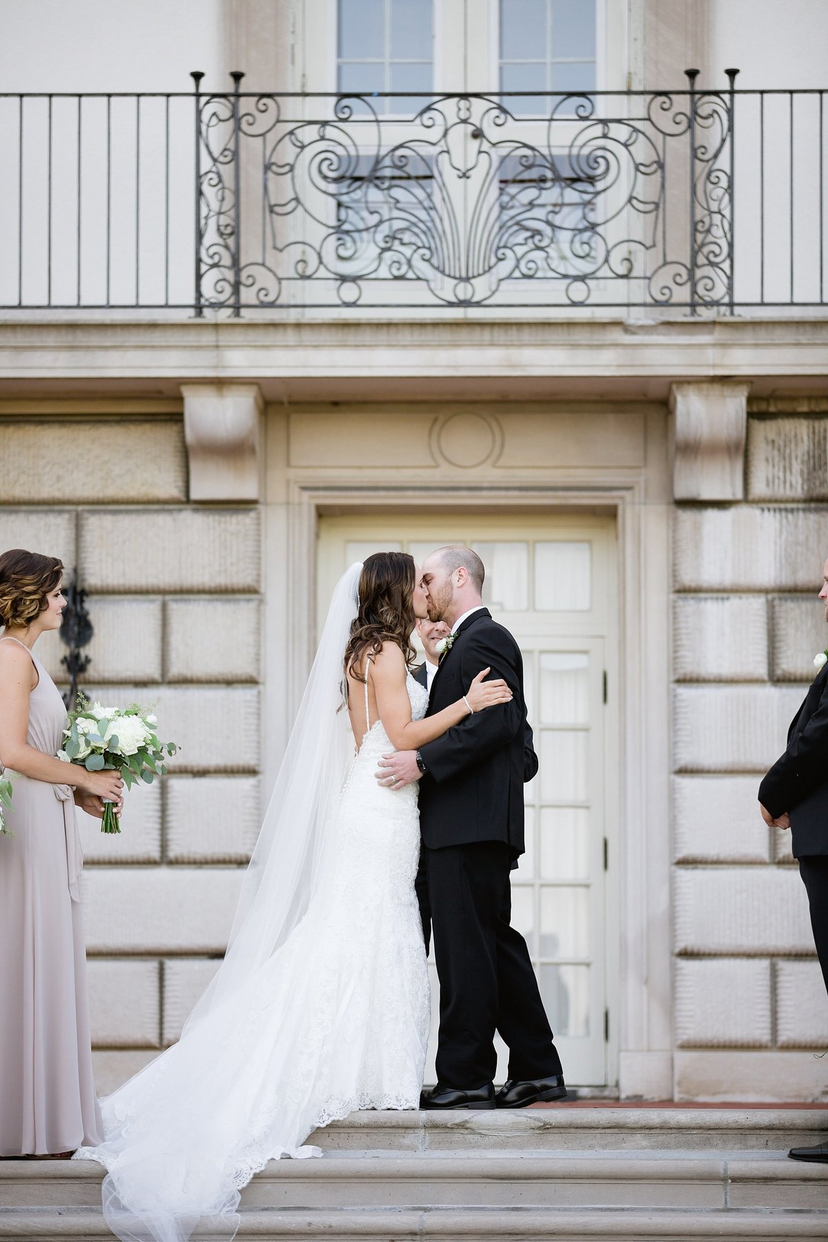 Shuster-Wedding-Grosse-Pointe-War-Memorial-Breanne-Rochelle-Photography94