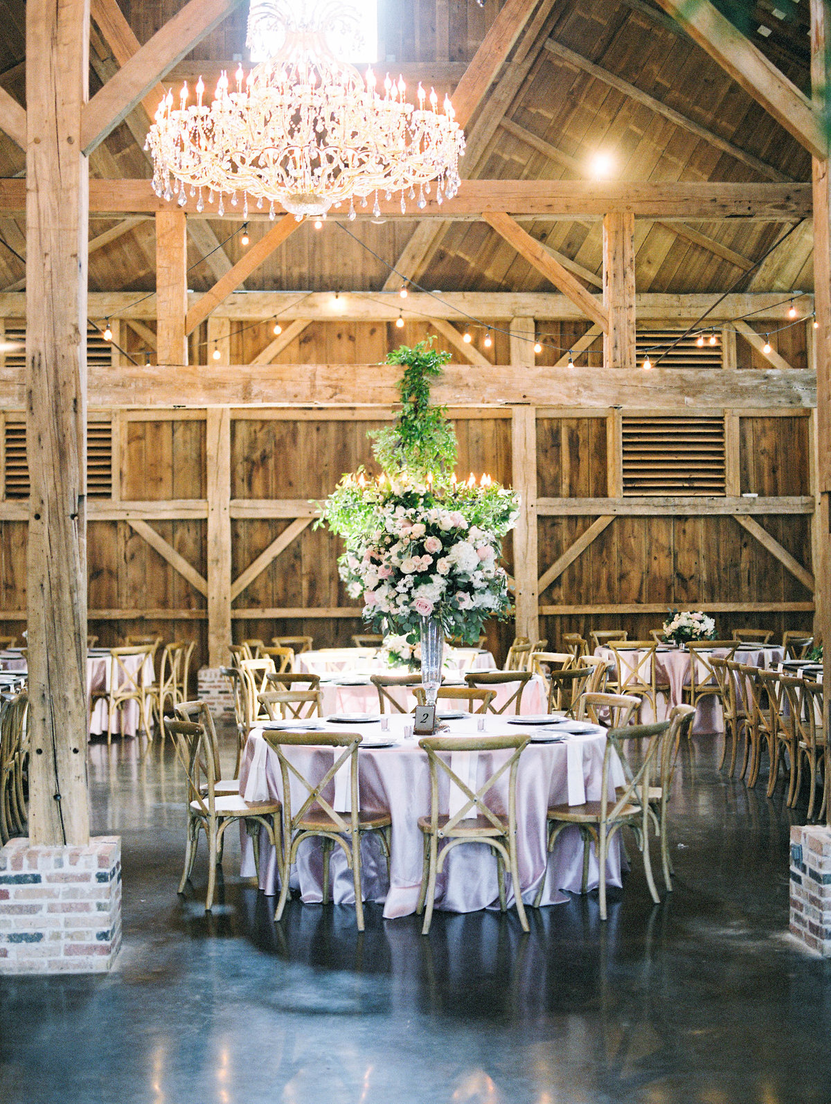 Wedding table settings at Beckendorff Farms- Floral Arrangements