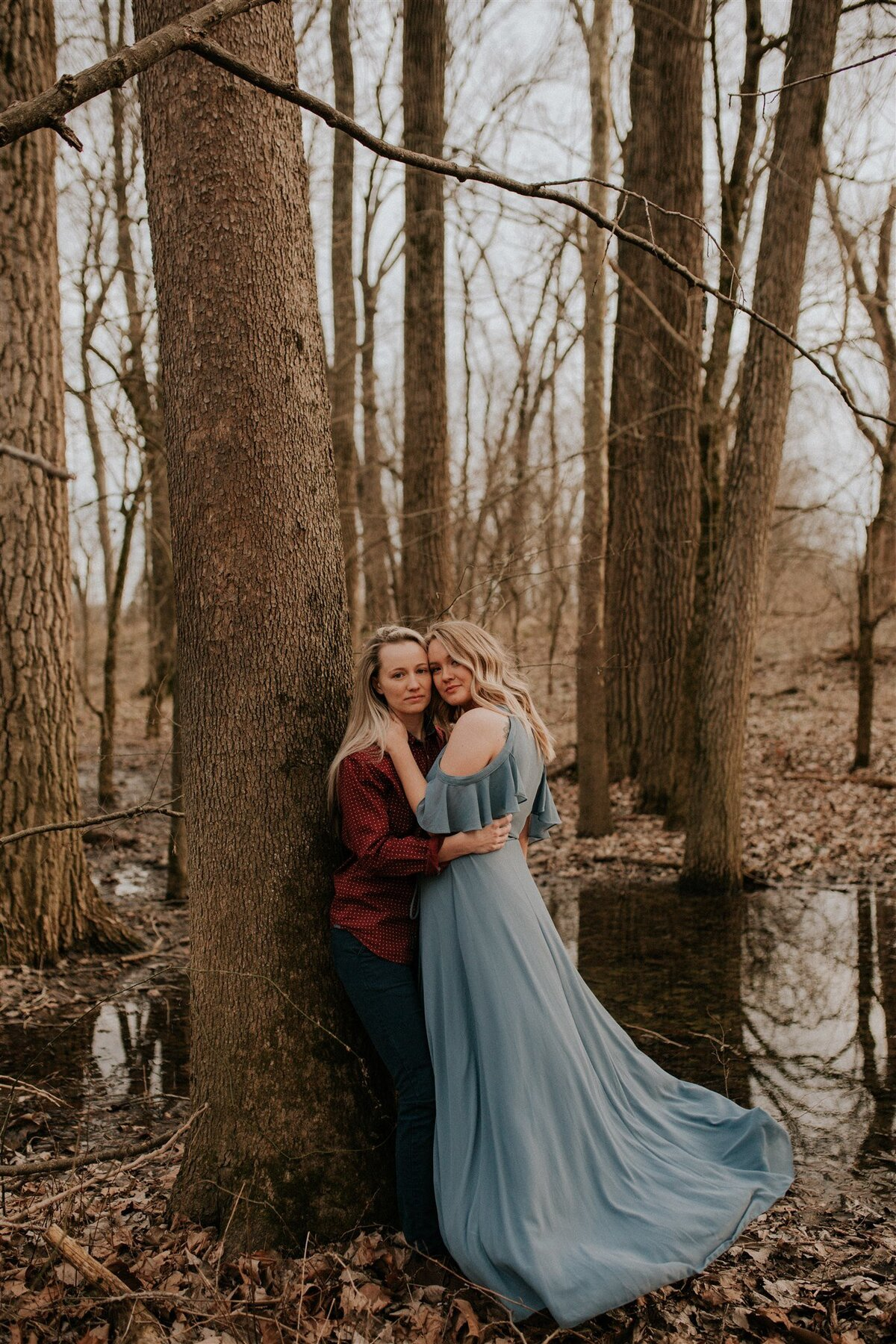 Brizzy-Rose-and-Emma-Floyds-Fork-Louisville-Couples-Session-8