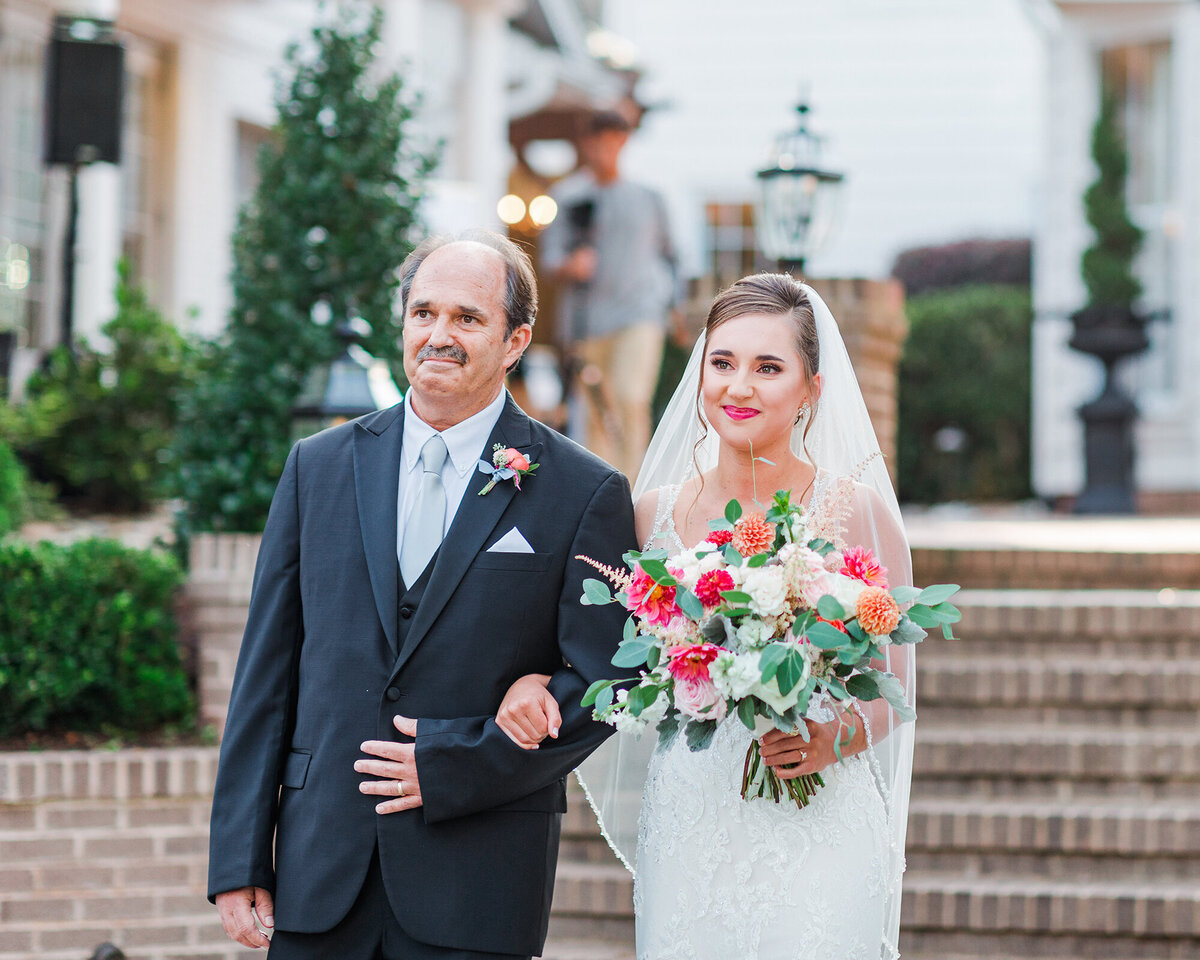 HIGHGROVE-ESTATE-WEDDING-FUQUAY-VARINA-NC-MALLORY-AND-ASHTON-41