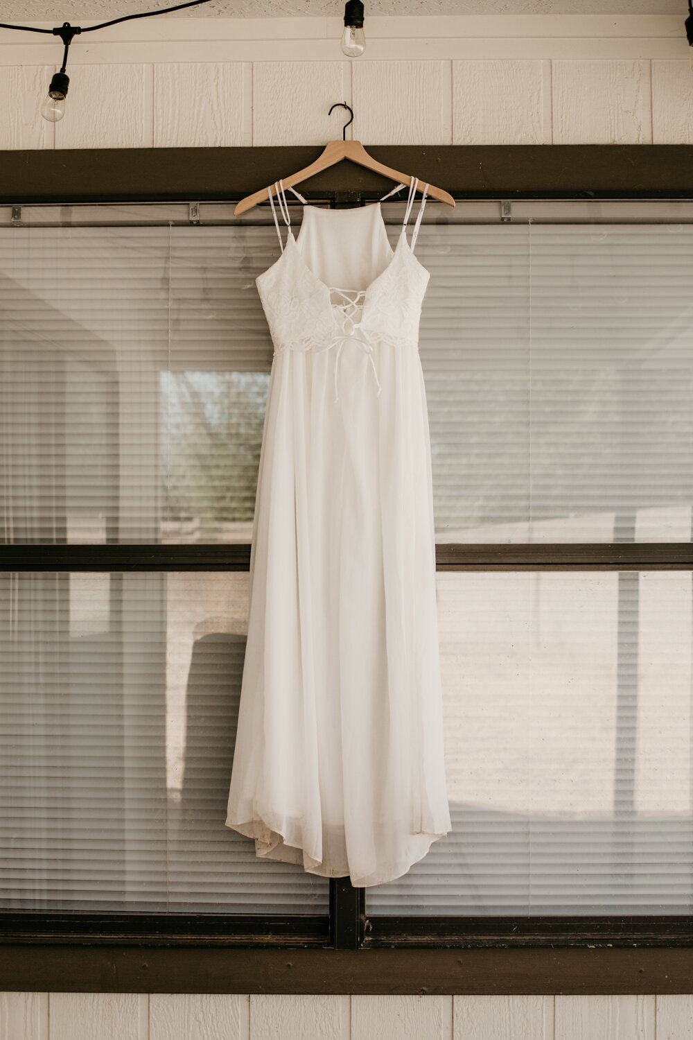 wedding-dress-rentals-for-styled-shoots-elopement-photographer-14