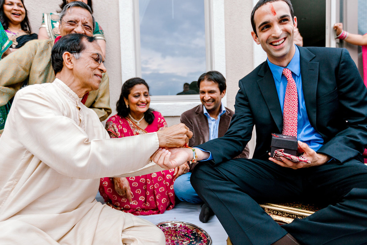 hindu-indian-wedding-photographer-virginia-beach066