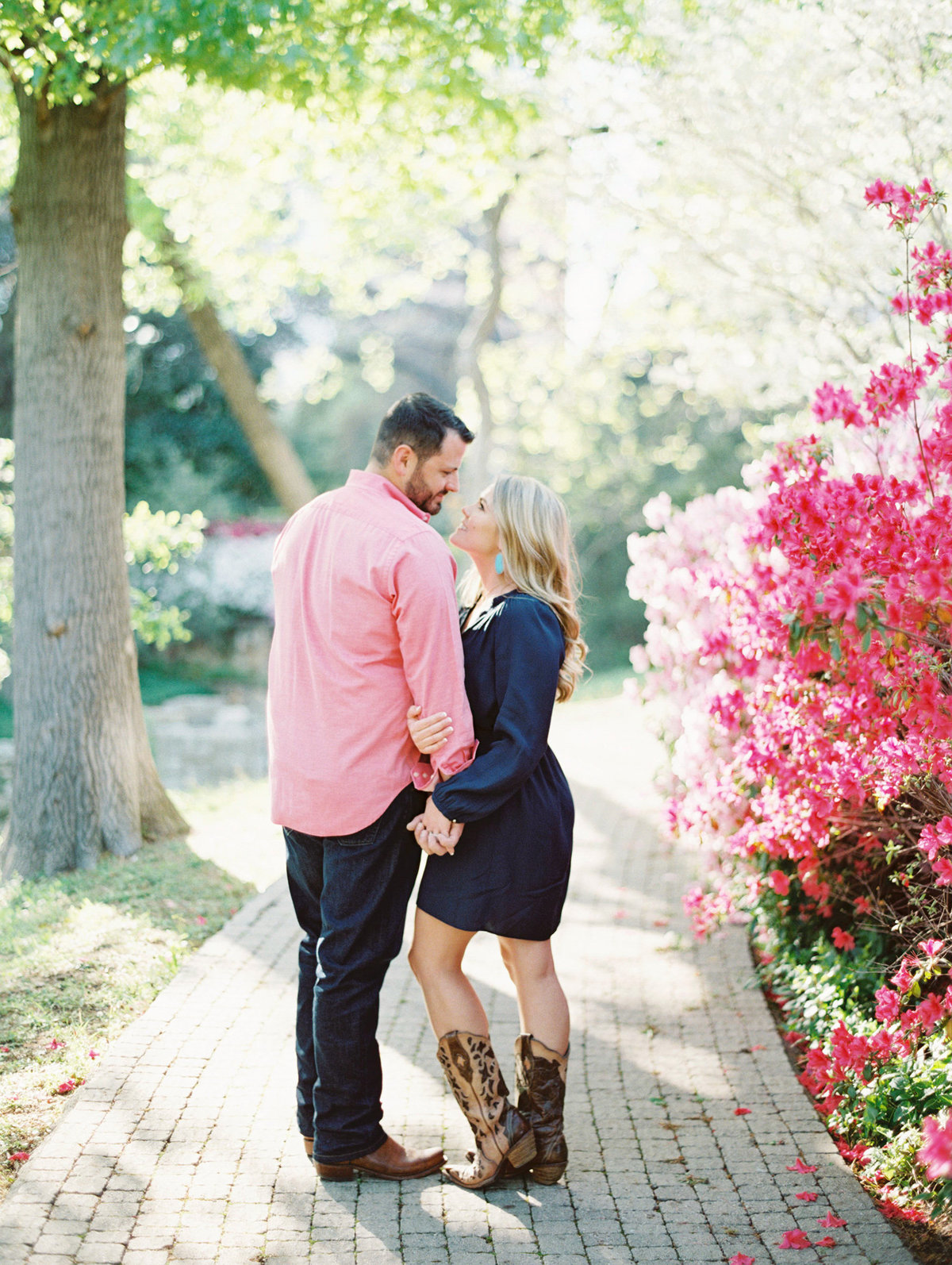 Courtney Hanson Photography - Dallas Spring Engagement Photos-005