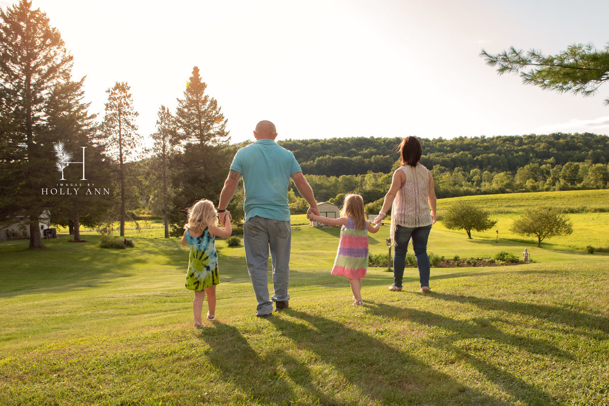 outdoor family portrait session granville ny