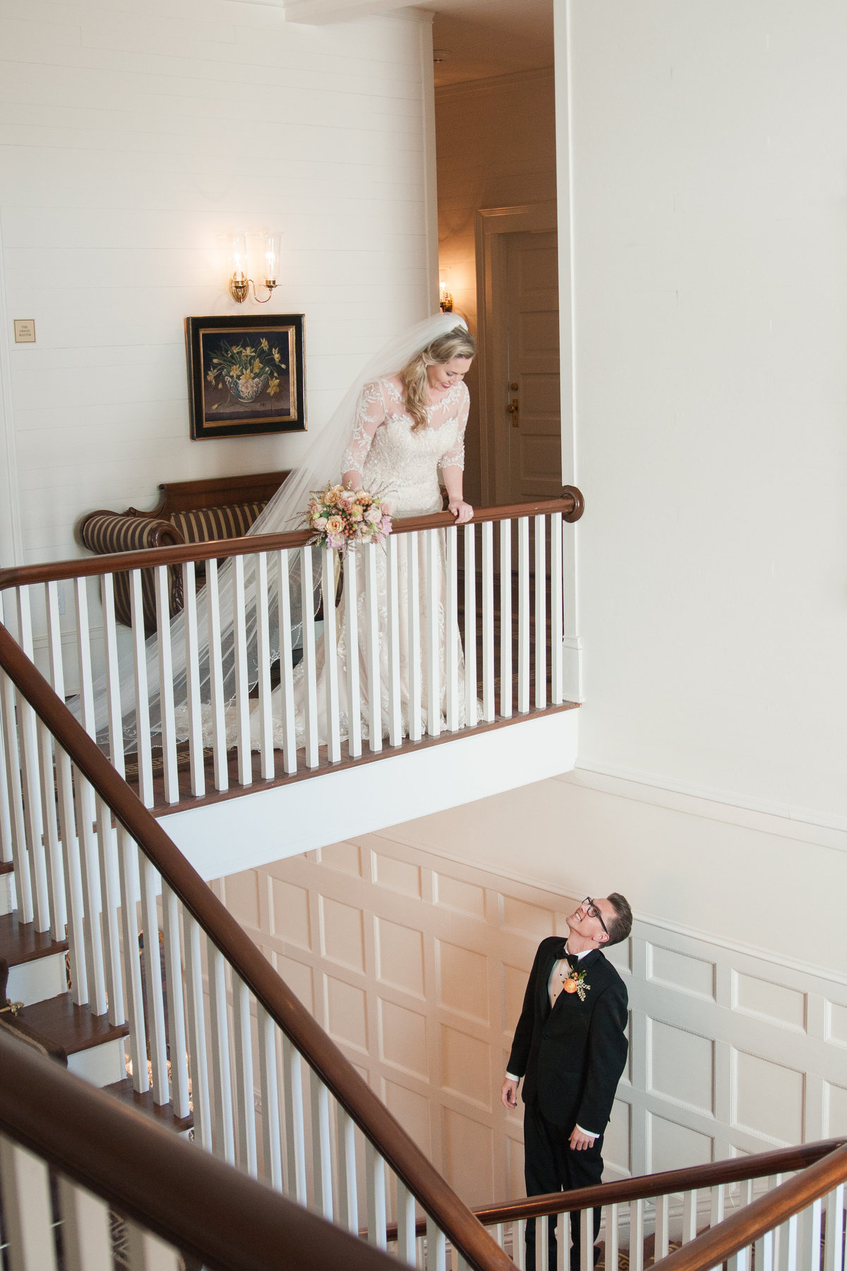 Glamourous wedding inspiration photographed at Westglow Mansion by Boone Wedding Photographer Wayfaring Wanderer. Westglow Mansion is a beautiful venue in Blowing Rock, NC.