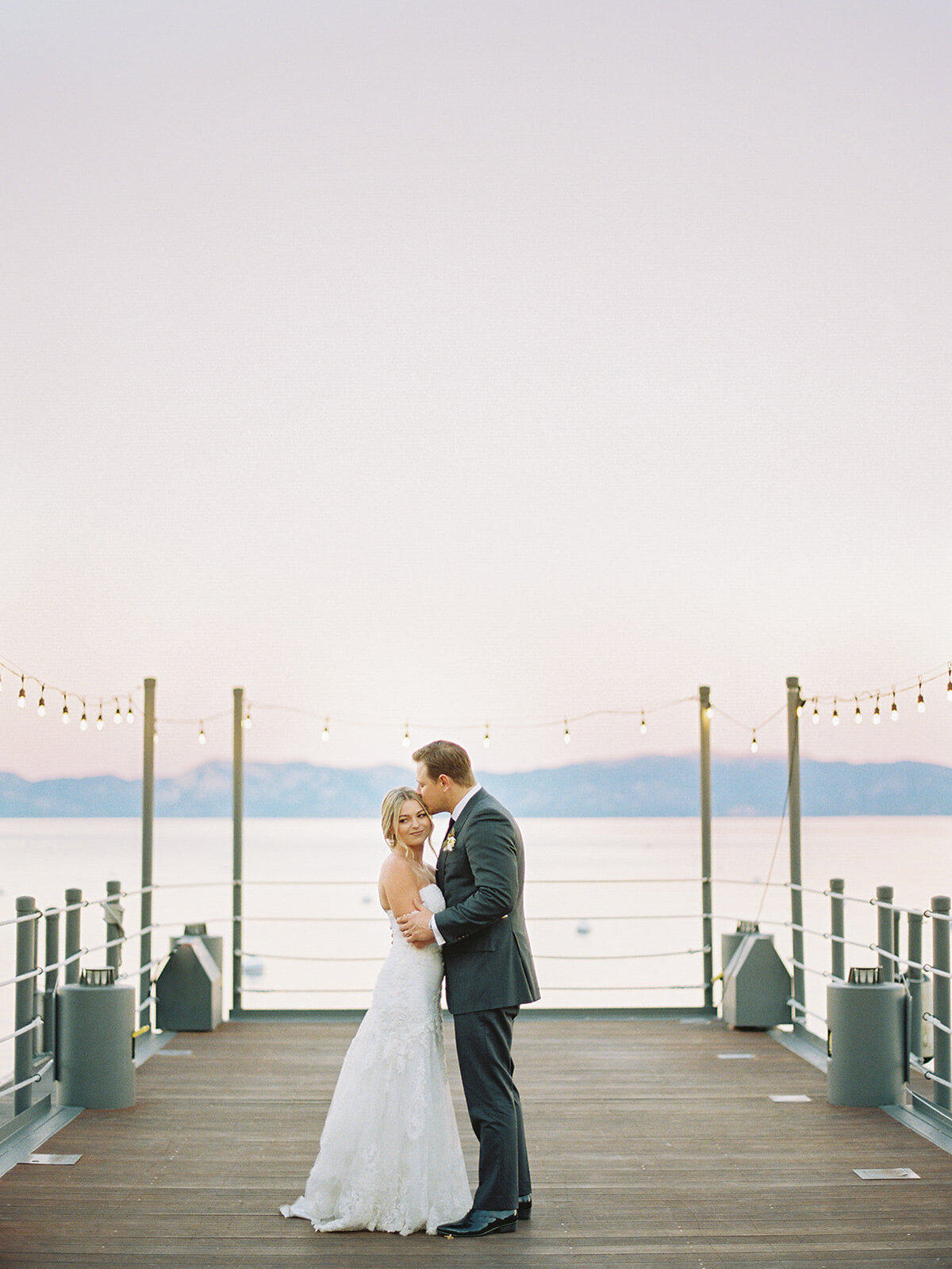 lakeside-bride-and-groom-lake-tahoe