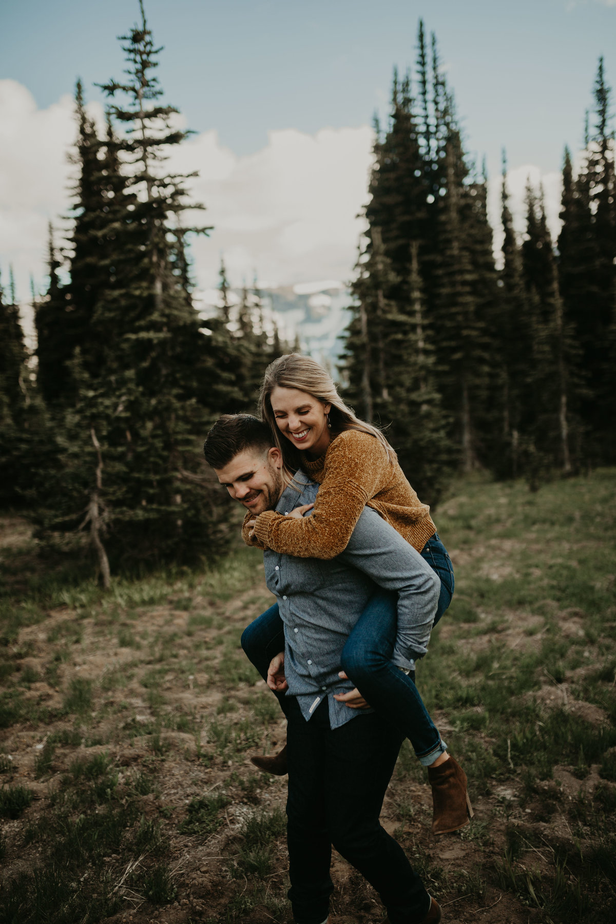 Marnie_Cornell_Photography_Engagement_Mount_Rainier_RK-134