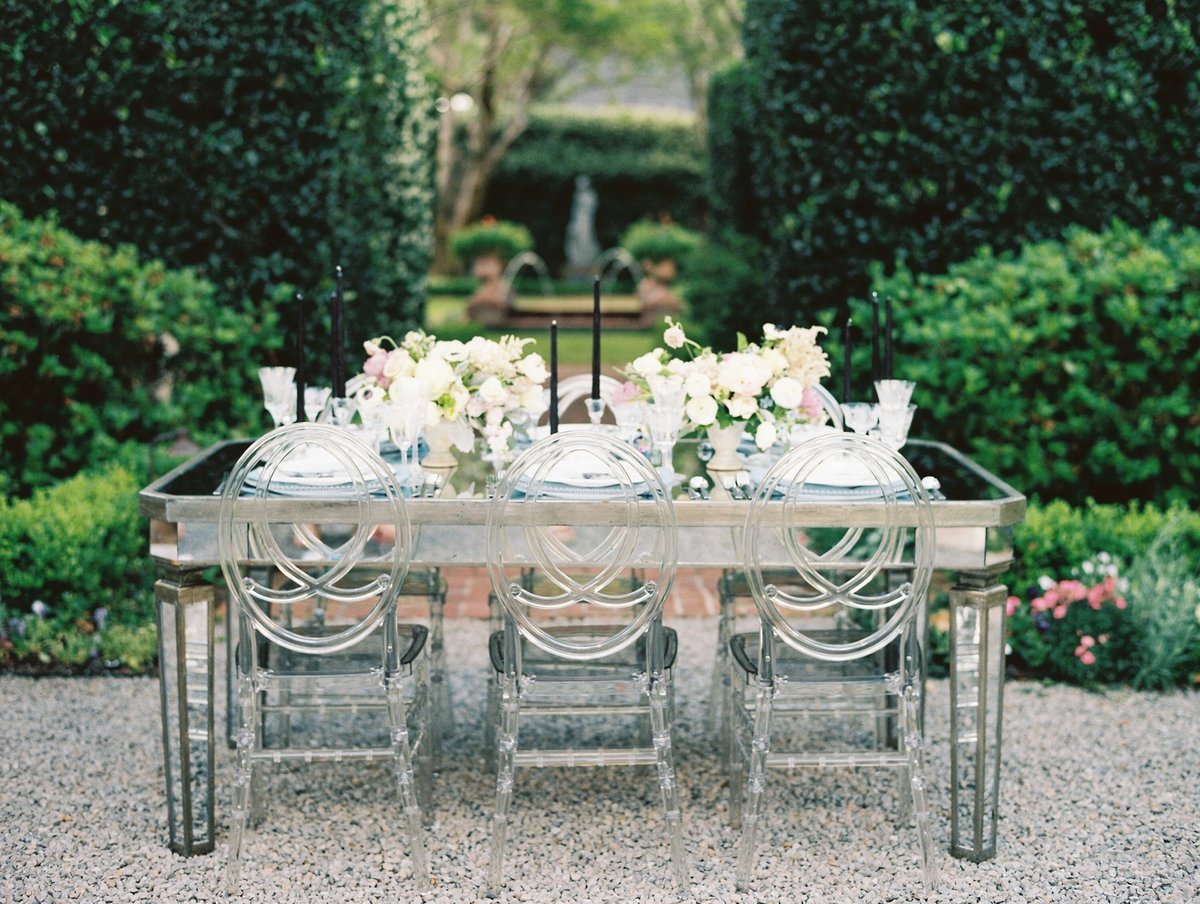 River-Oaks-Garden-Club-Houston-Wedding-Love-Detailed-Events-Marsais-Photography-Blush-and-Vine 2