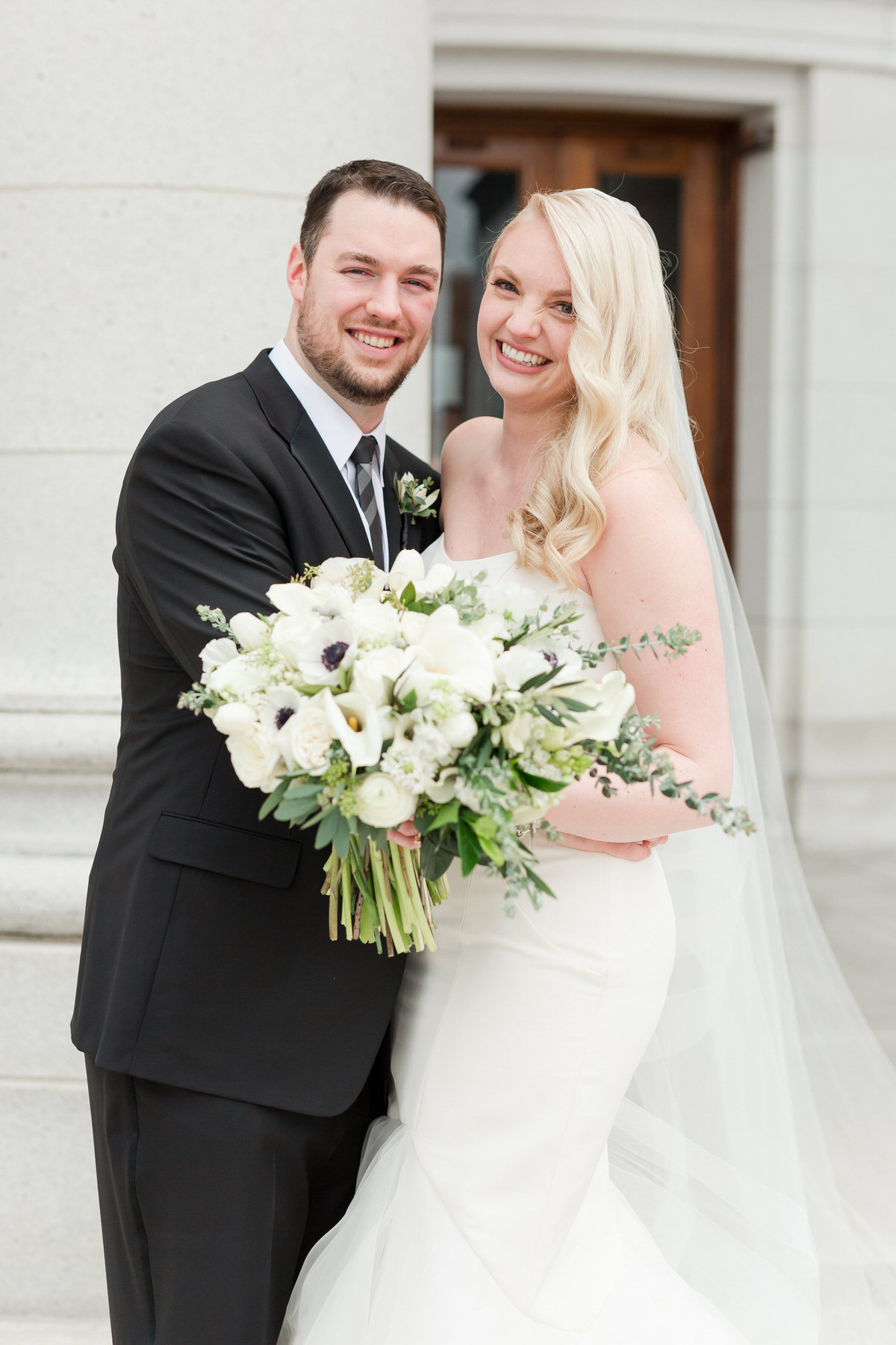 bride and groom, modern white and black ballroom wedding