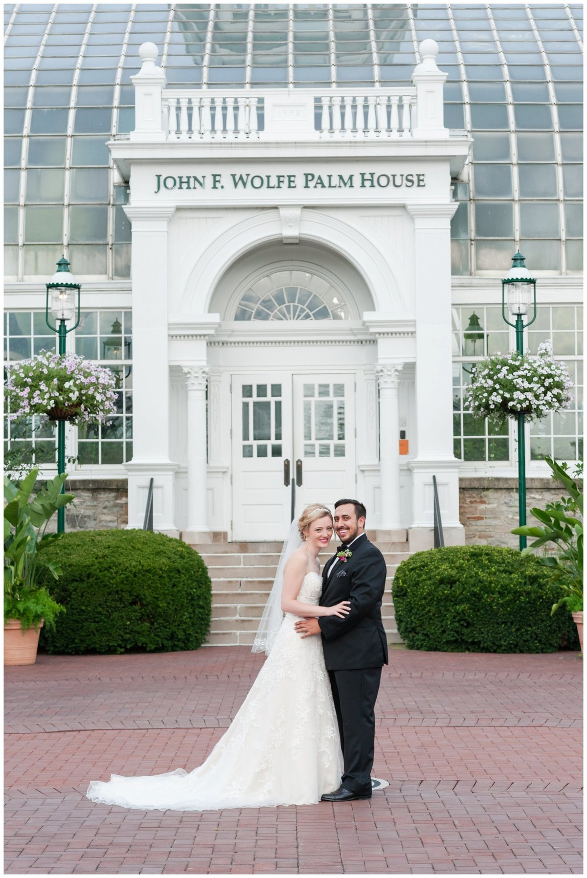 Franklin Park Conservatory Wedding The Palm House Bridal Garden Grove_0151