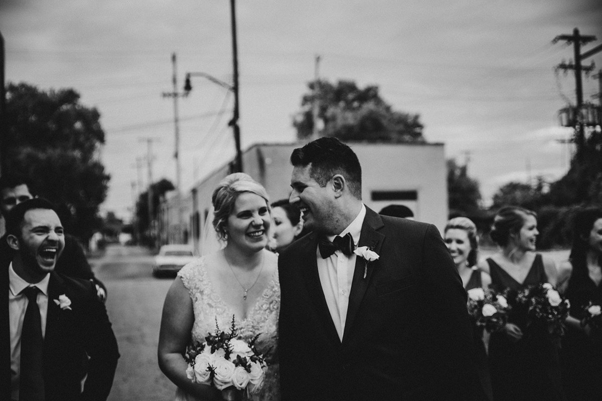wedding couple near Strongwater in Columbus Ohio