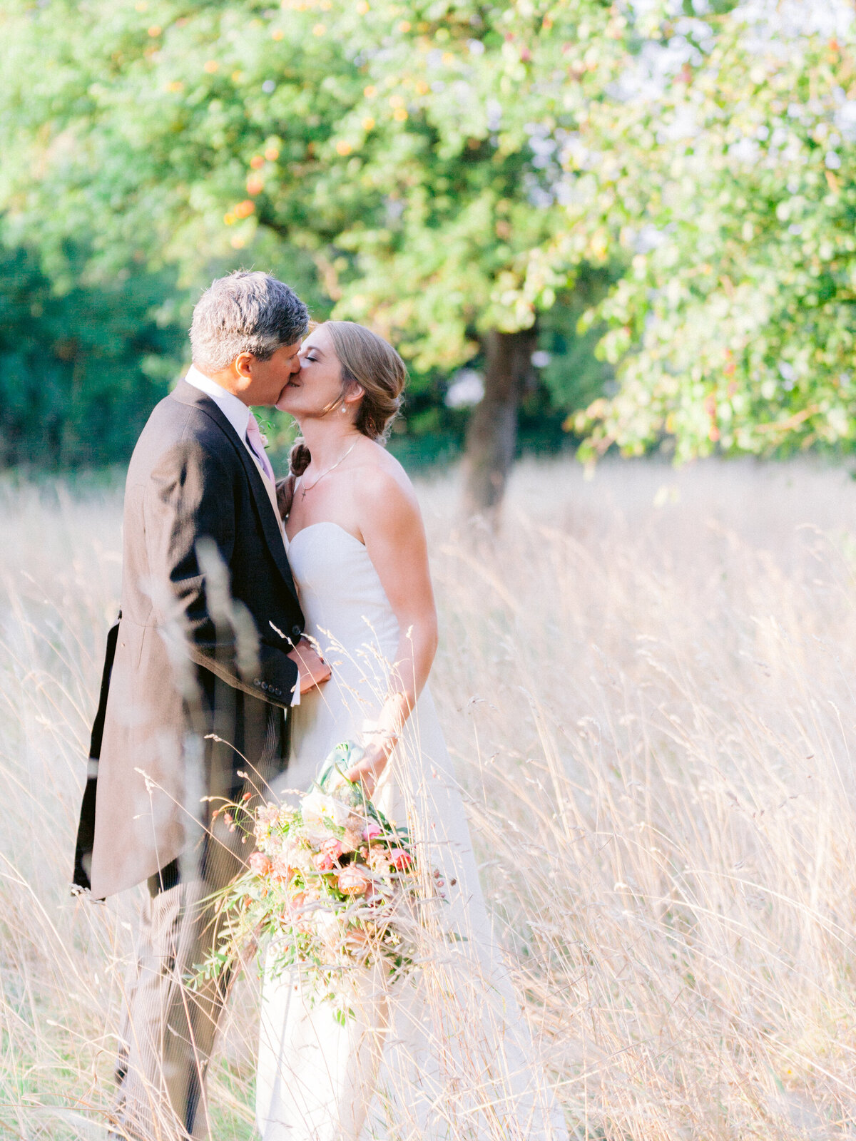 Intimate_Estate_Wedding_Photographer-25