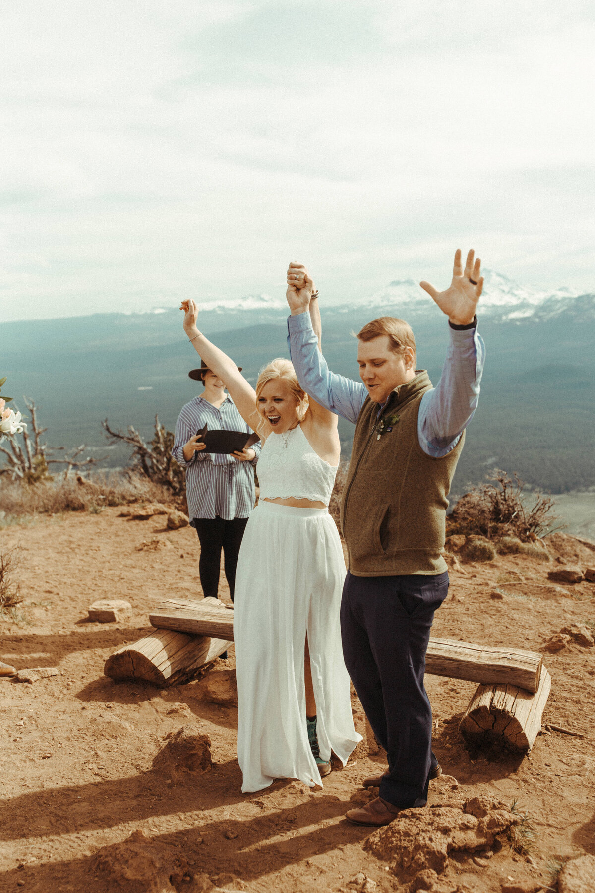Bend-Oregon-Elopement-photographer-R&C-345