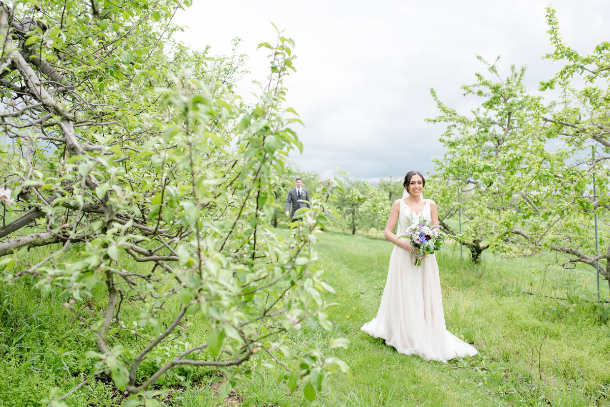 Rustic Barn Wedding Pennsylvania-Rodale Institute Wedding Raquel and Daniel Wedding 20750-6