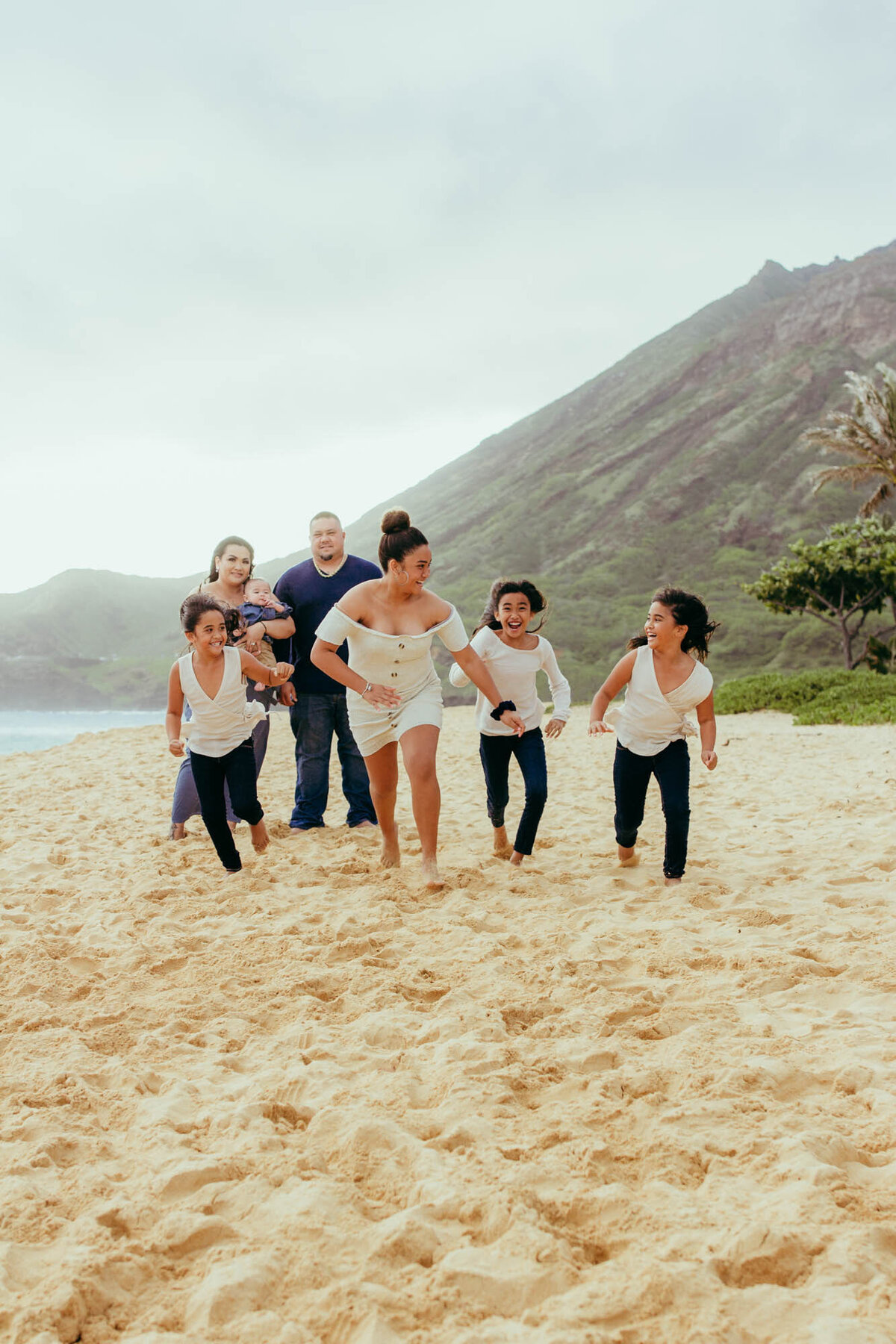 Oahu Family Photographer | Iwalani Photography | Sandy Beach