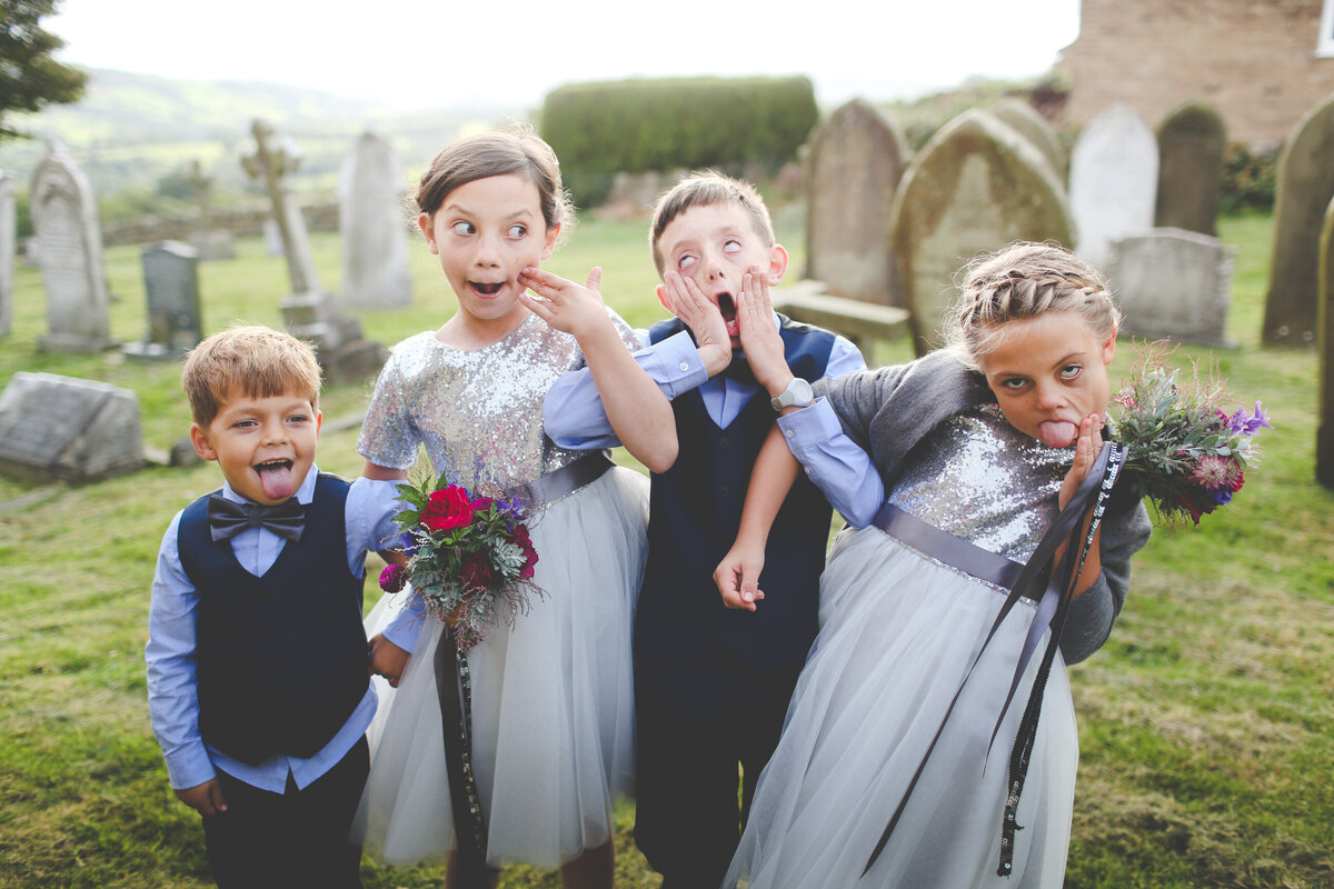 YORKSHIRE-WEDDING-LOTS-OF-LAUGHTER-MARQUEE-AND-CHUCH-0062