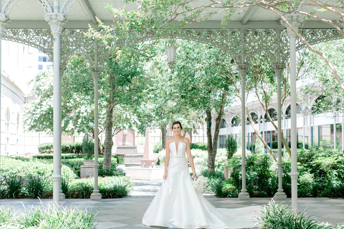 Wedding at the Crescent Court Hotel and Highland Park United Methodist Church in Dallas | Sami Kathryn Photography | DFW Wedding Photographer-65