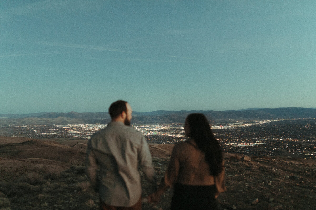 Northern-California-Elopement-photographer-Mountain-top-city-views-1-2