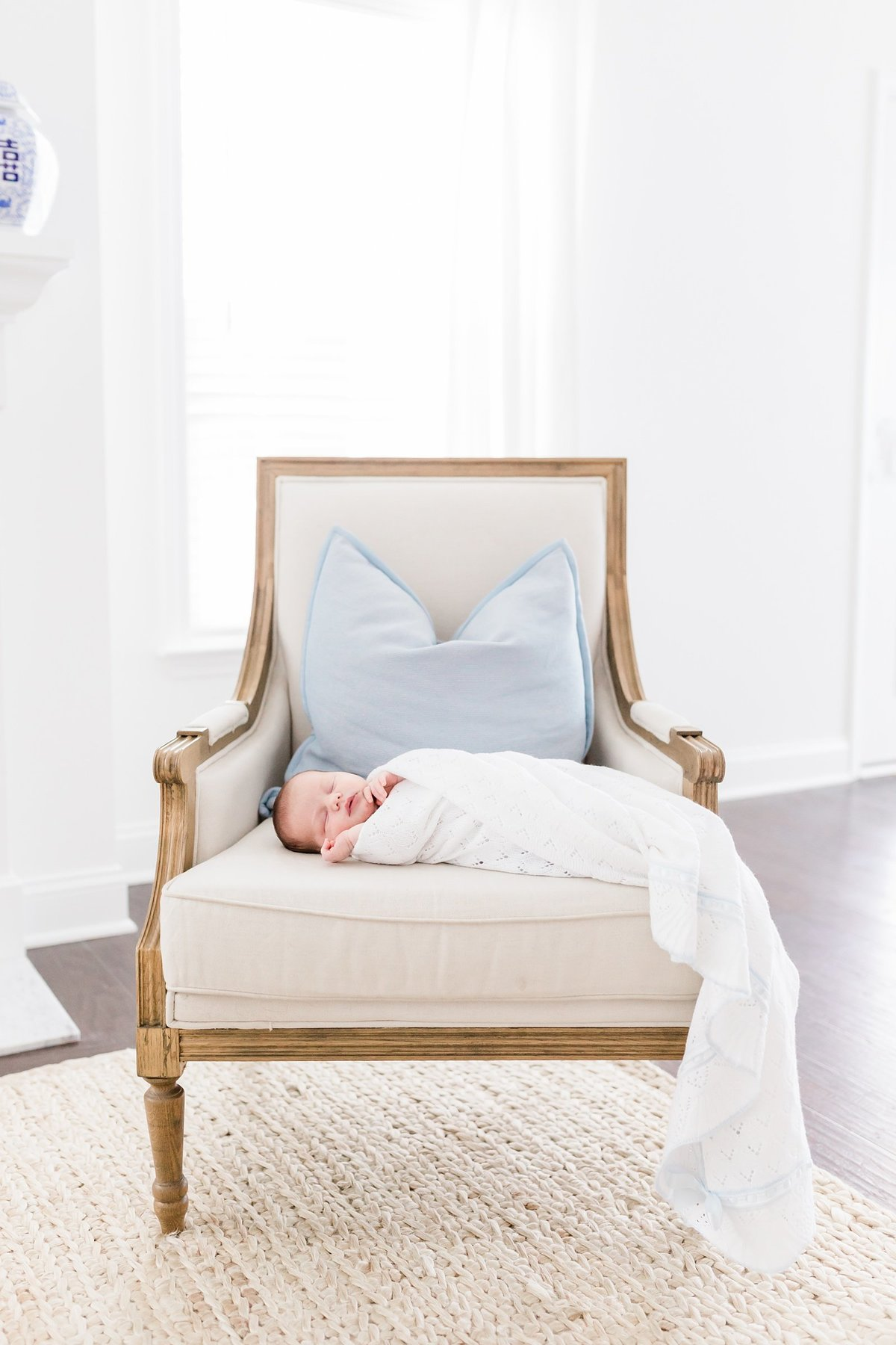 Charleston-Newborn-Photographer-Lifestyle_0039