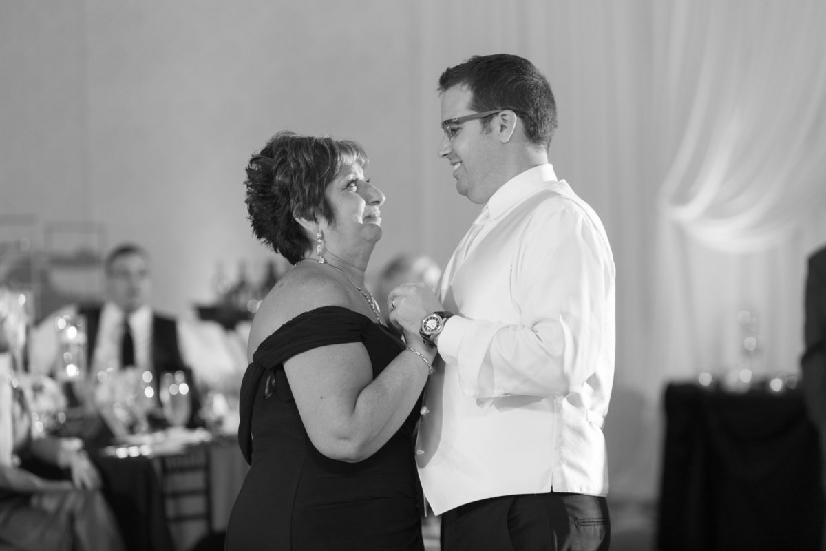 Oak-Brook-Hills-Resort-Wedding-129