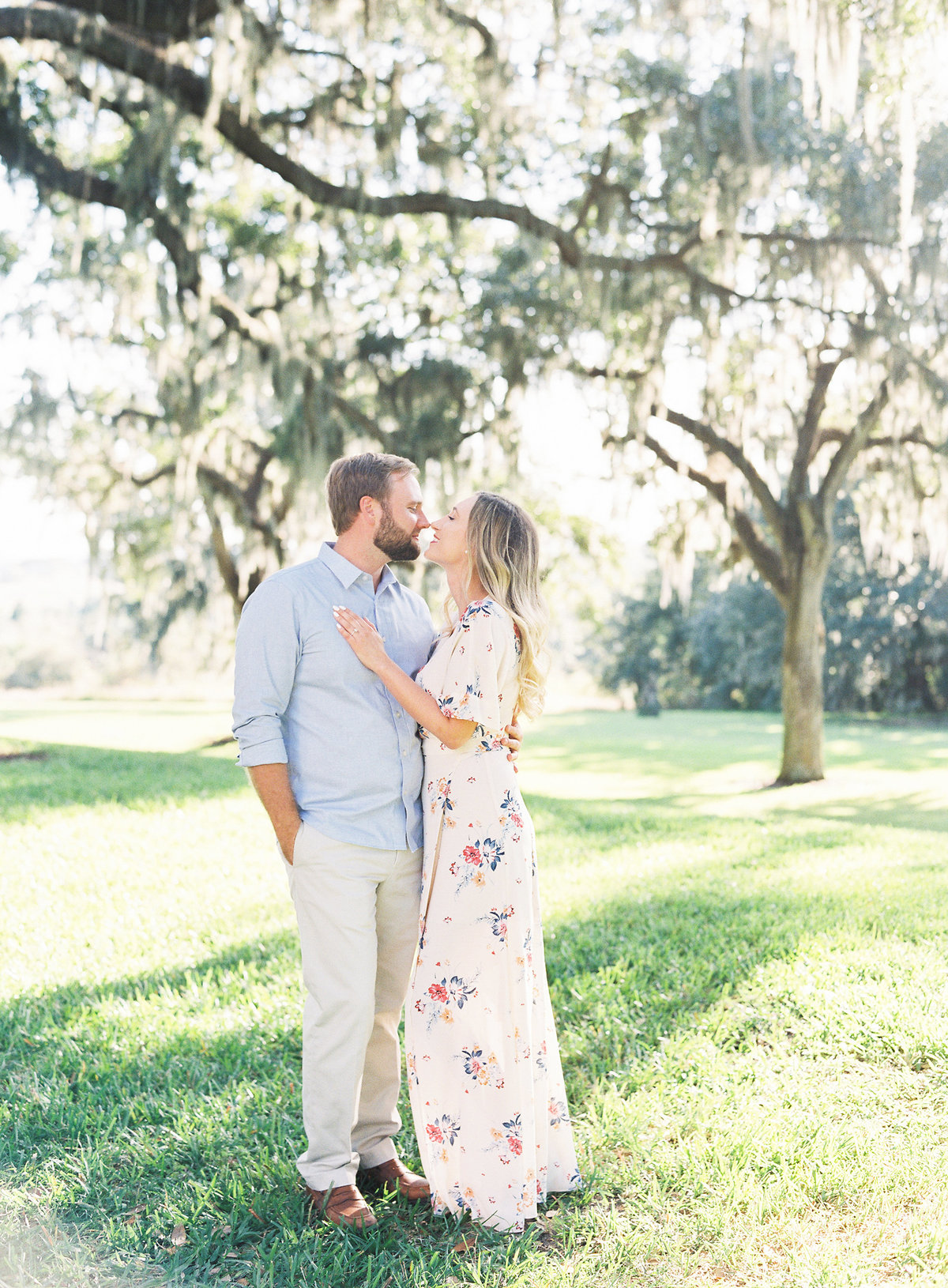 Bok_Tower_Garden_Film_Fine_Art_Engagement_Session-7