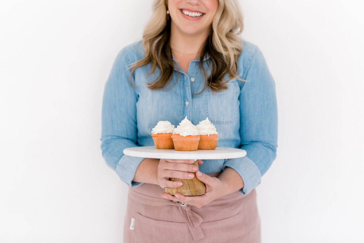 Dallas Brand Photography for Creatives | Laylee Emadi | Catie Ann Baking | Brand Mini Session 45