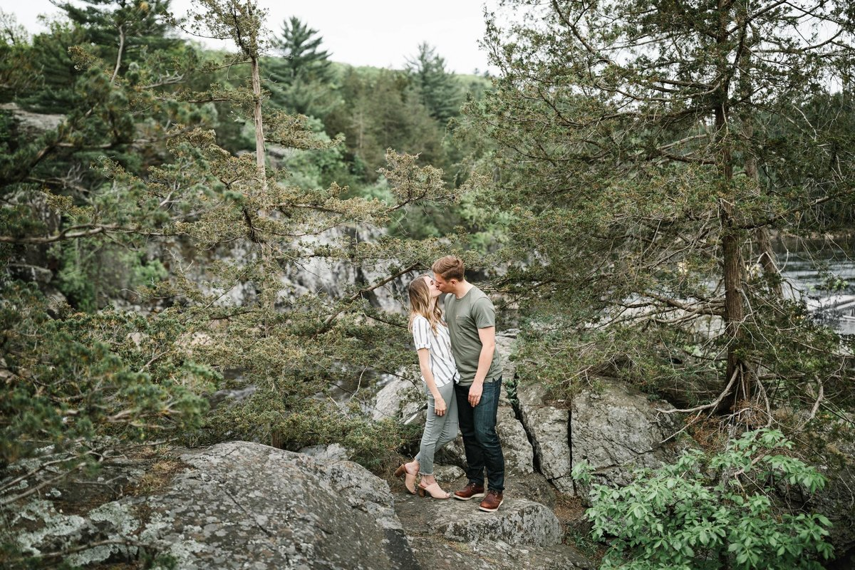 Taylors-Falls-Minneapolis-Spring-Engagement-13