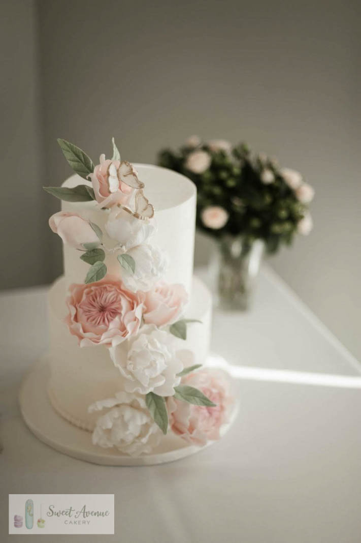 romantic floral wedding cake at Cambridge Butterfly Conservatory