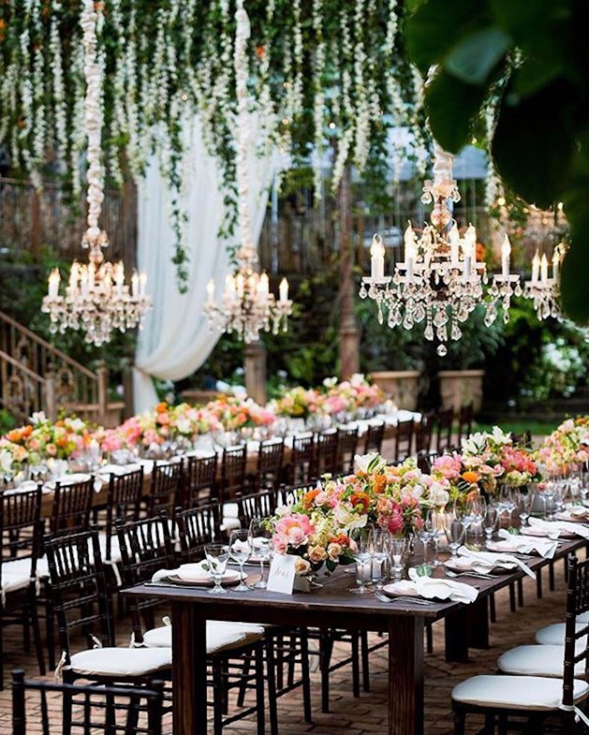 Hanging+Chandeliers+with+Flowers