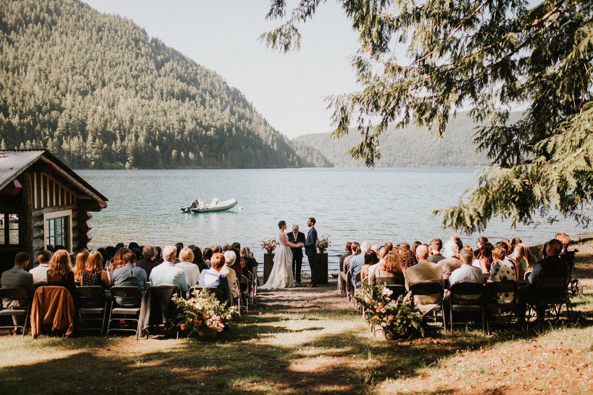 Lakeside wedding ceremony at Olympic National Park