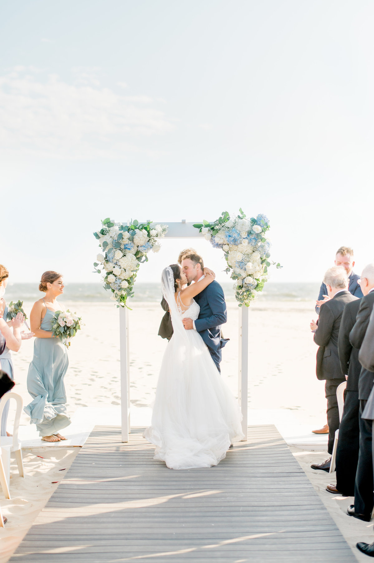 beach-wedding-ceremony-long-island-ny-Jen-Lam