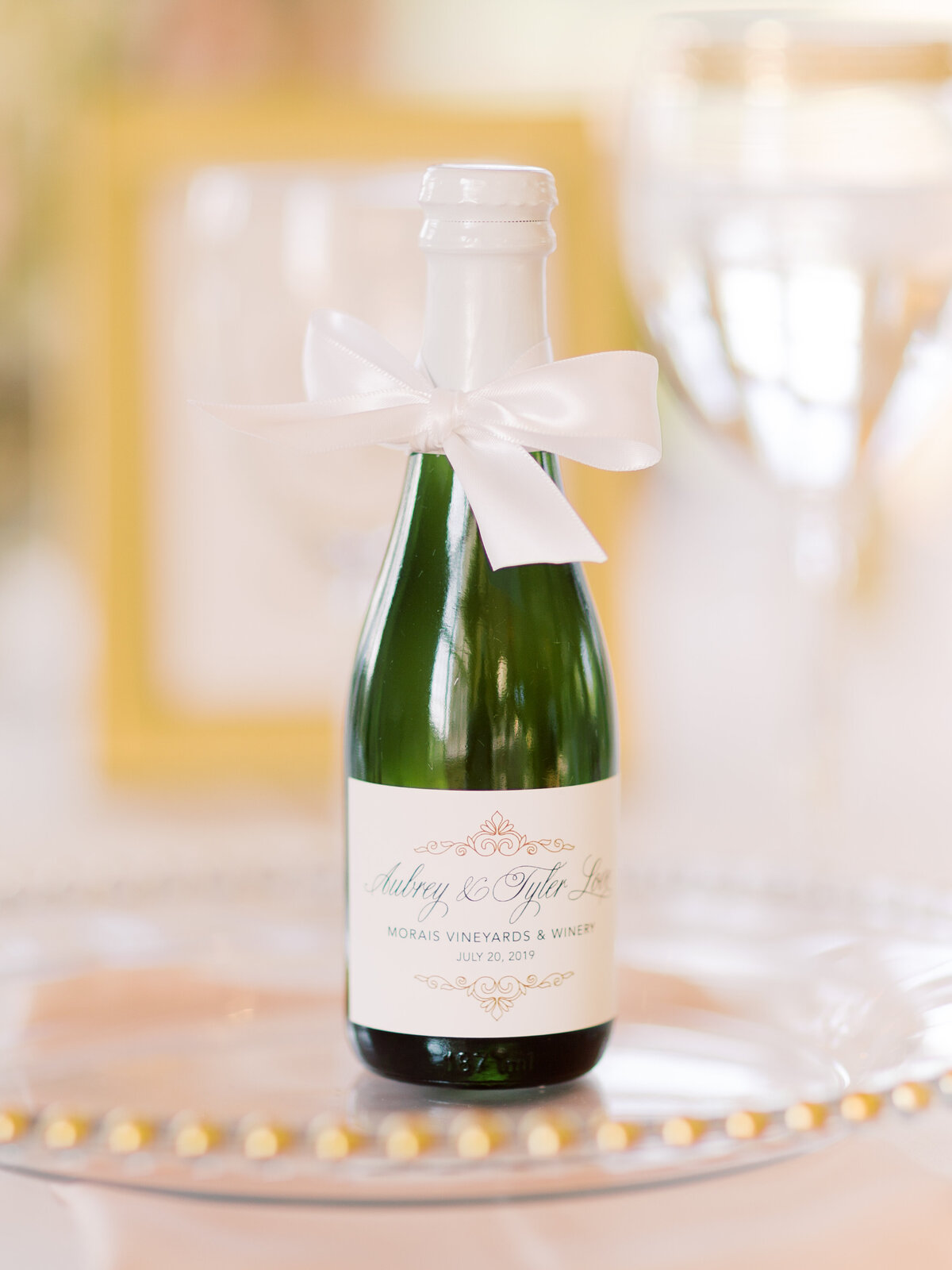 MLP-Aubrey-Tyler-Morais-Vineyards-Winery-Wedding-591