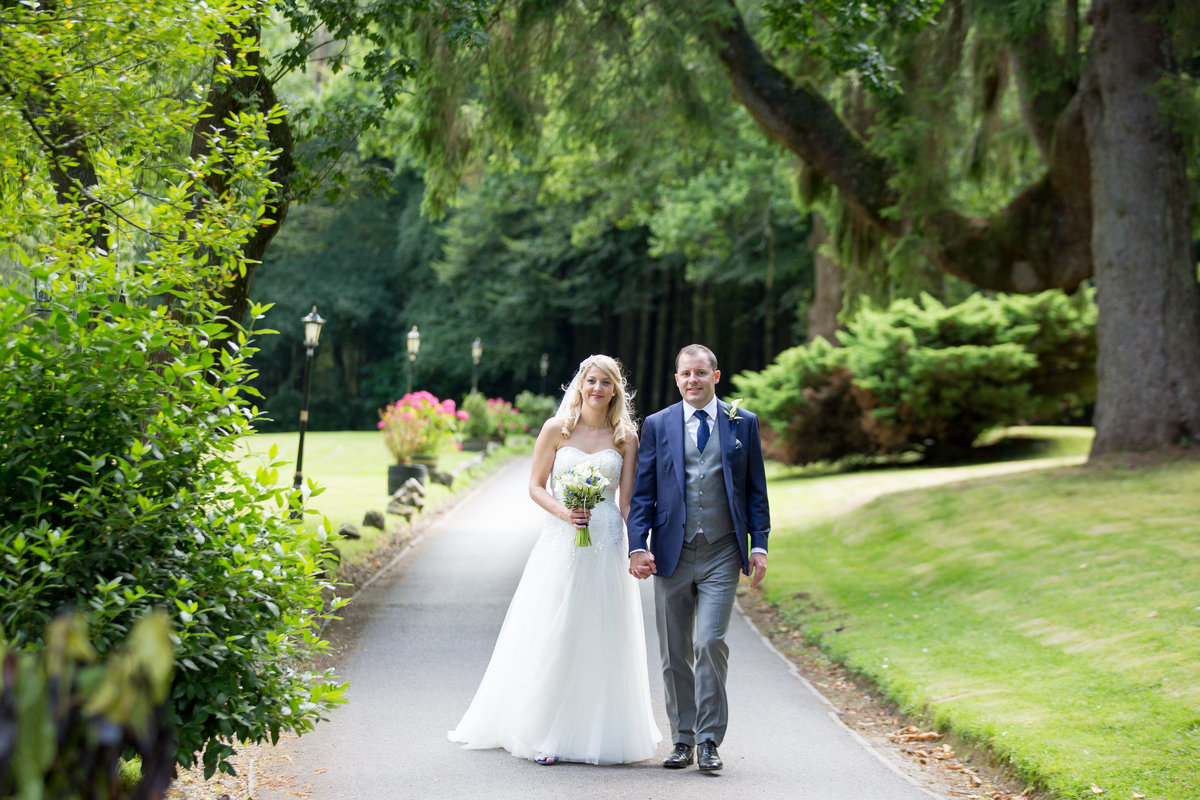 lakeview manor wedding photographer in devon