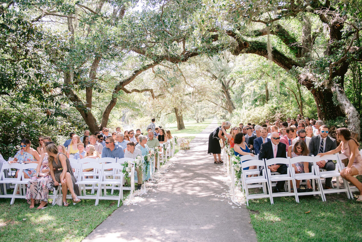 Brookgreen Gardens Wedding Pictures by Top Pawleys Island Wedding Photographer-17