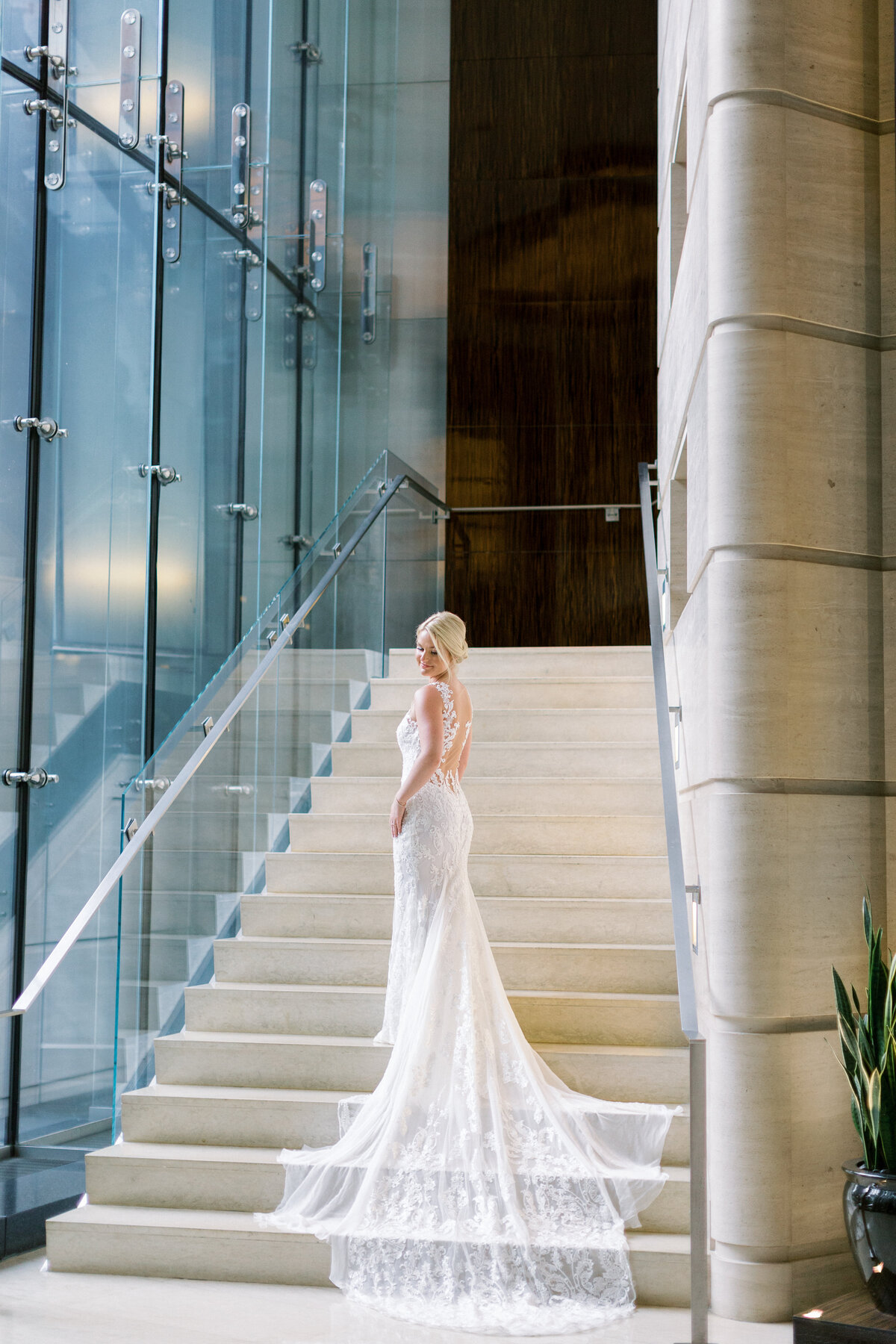Downtown Chicago Wedding Photographer_Shauna and Jordon Photography010