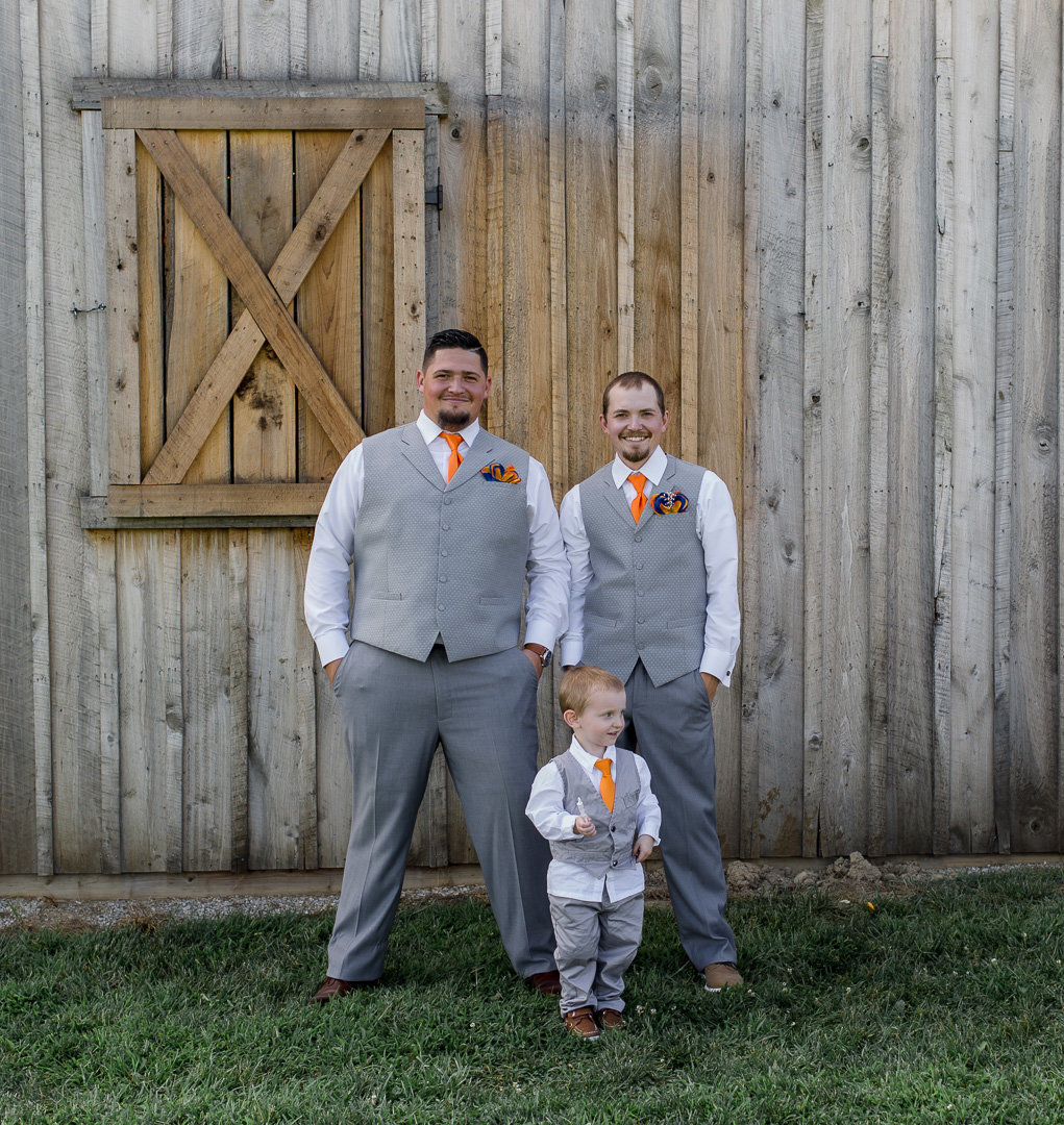 Rustic barn wedding0008